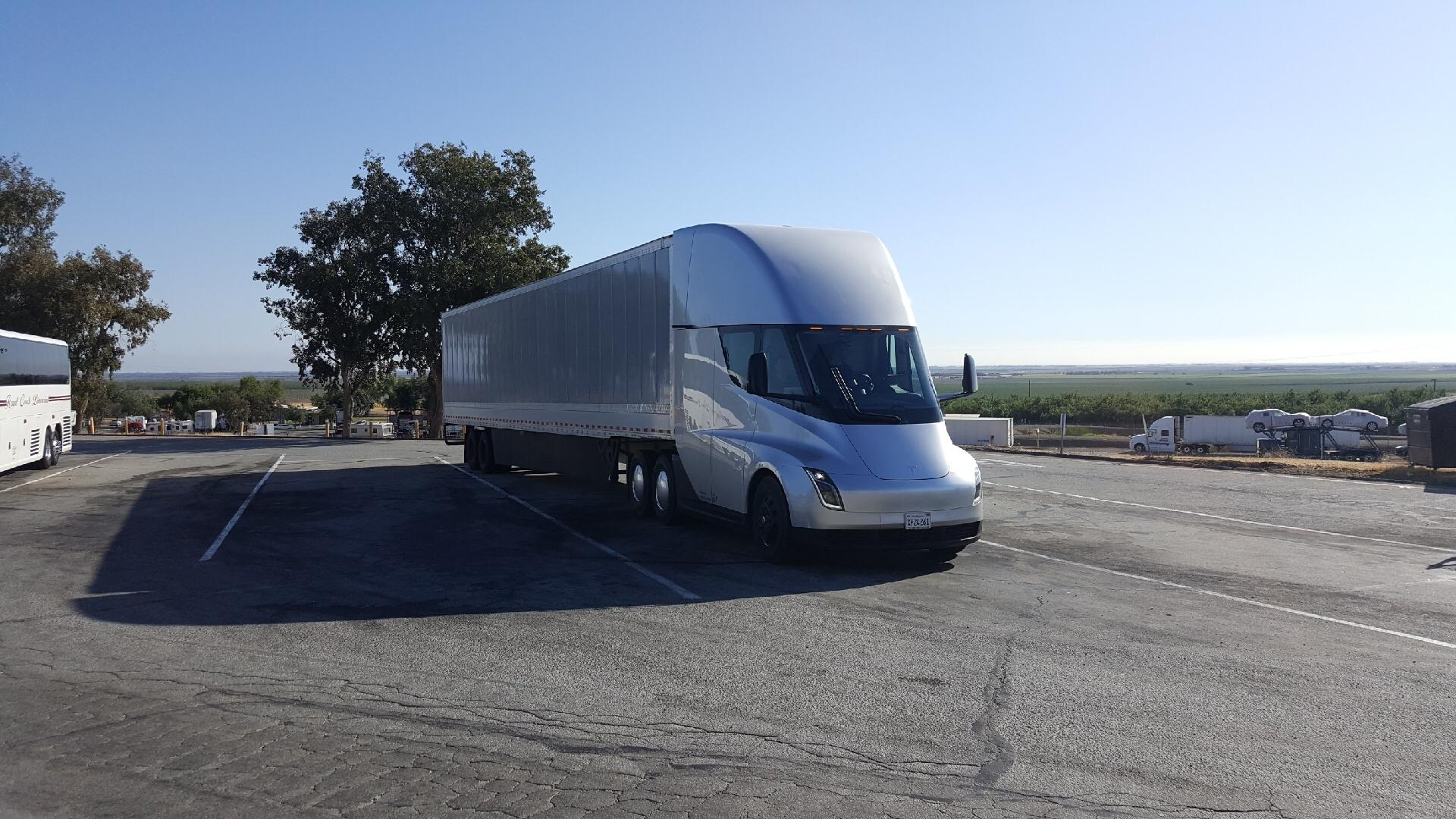 tesla-vp-semi-2