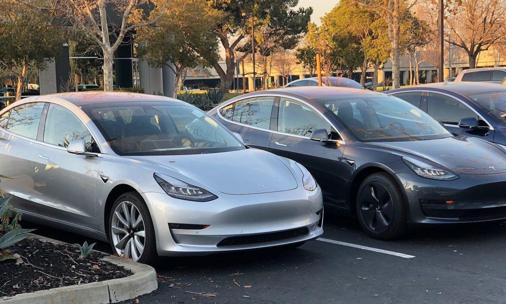 280b452d6 Tesla delivers its 200