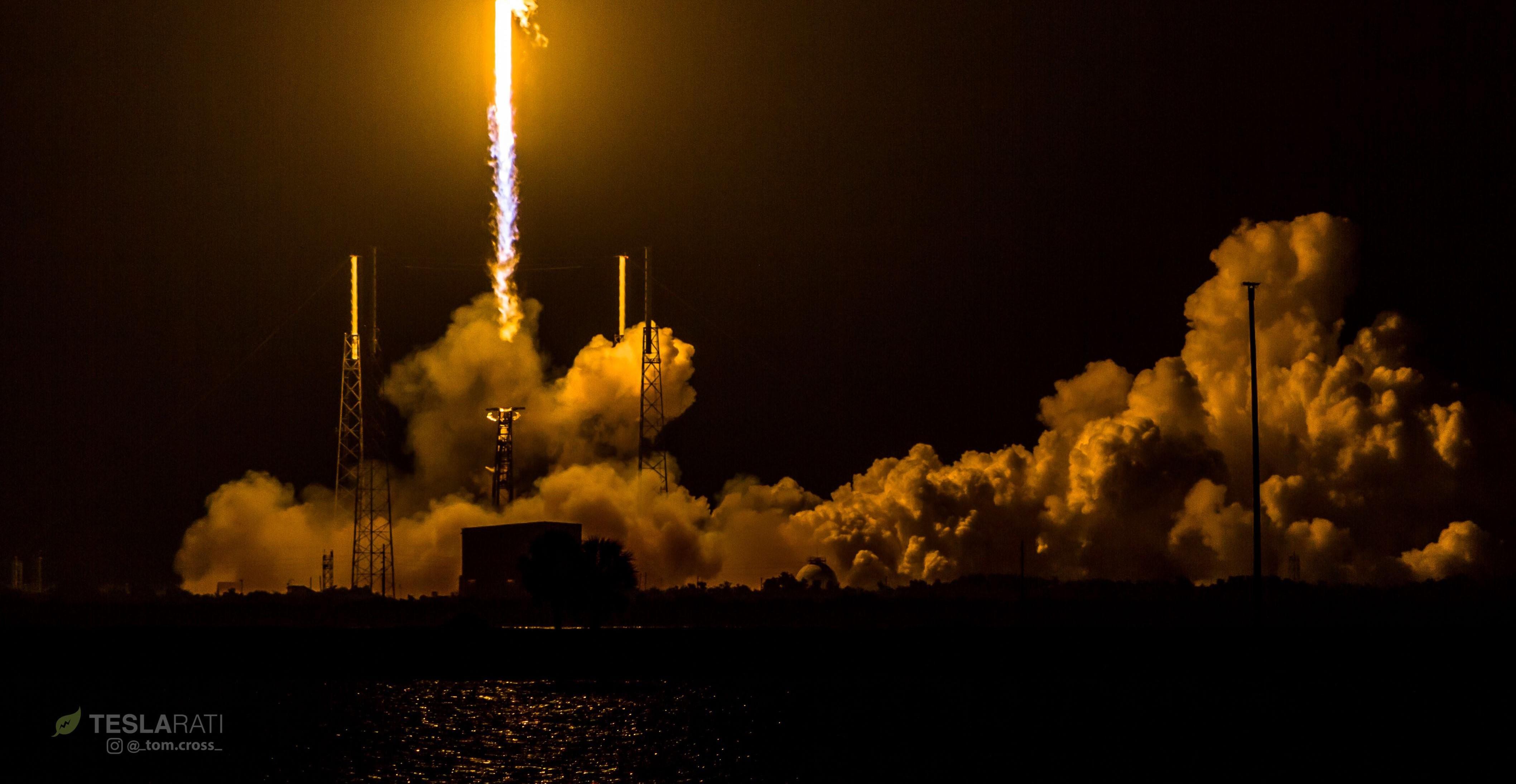 B1040 SES-12 launch (Tom Cross) crop