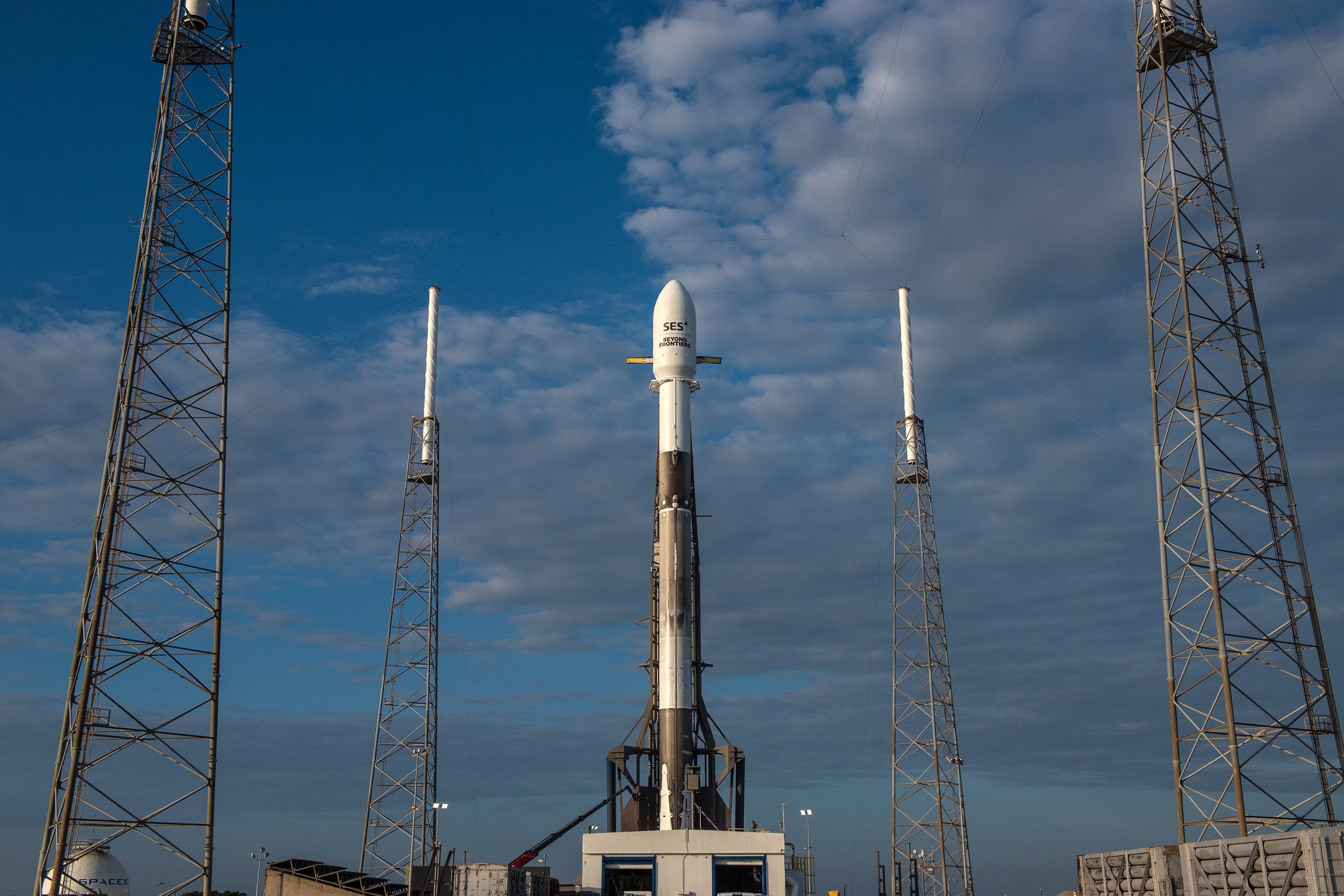 B1040 SES-12 vertical (SpaceX)