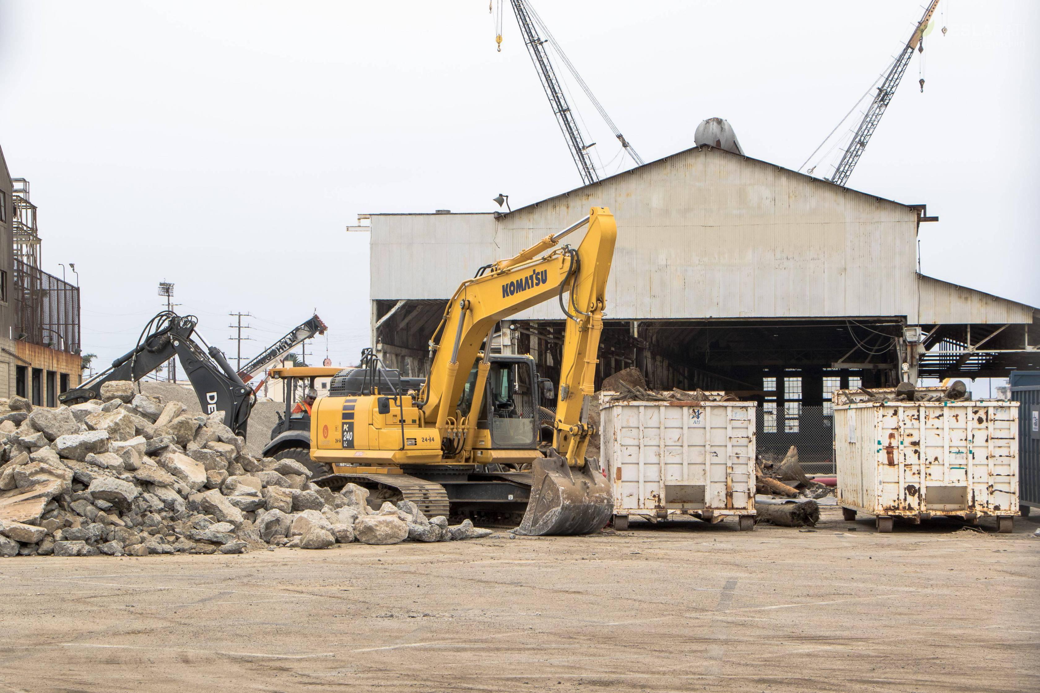 Berth 240 construction & fairings 062018 (Pauline Acalin) 2