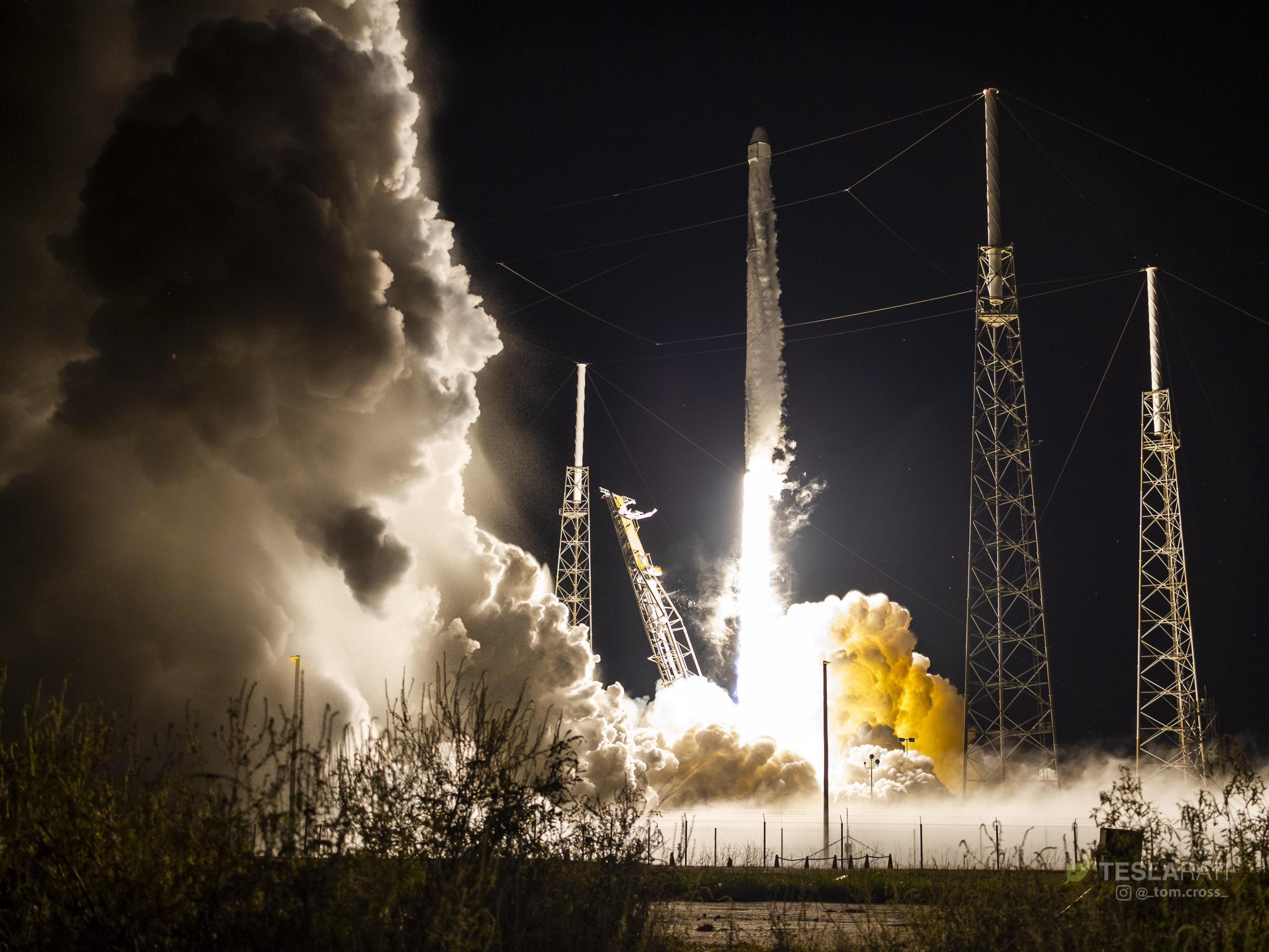 CRS-15 B1045 launch (Tom Cross) 2(c)