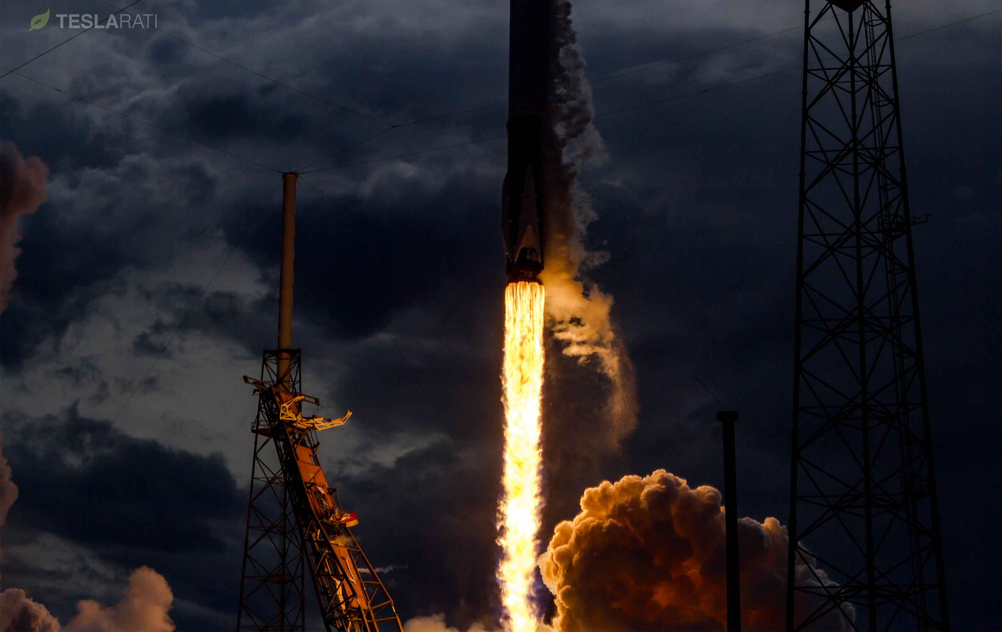 Falcon 9 1039 CRS14 sequence 2 (Tom Cross) crop