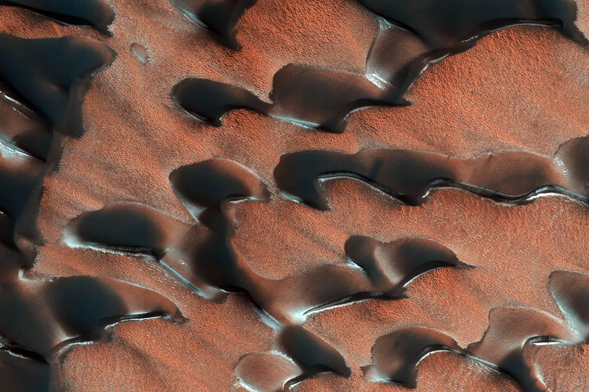 dunes November 2017 (HiRISE) 1