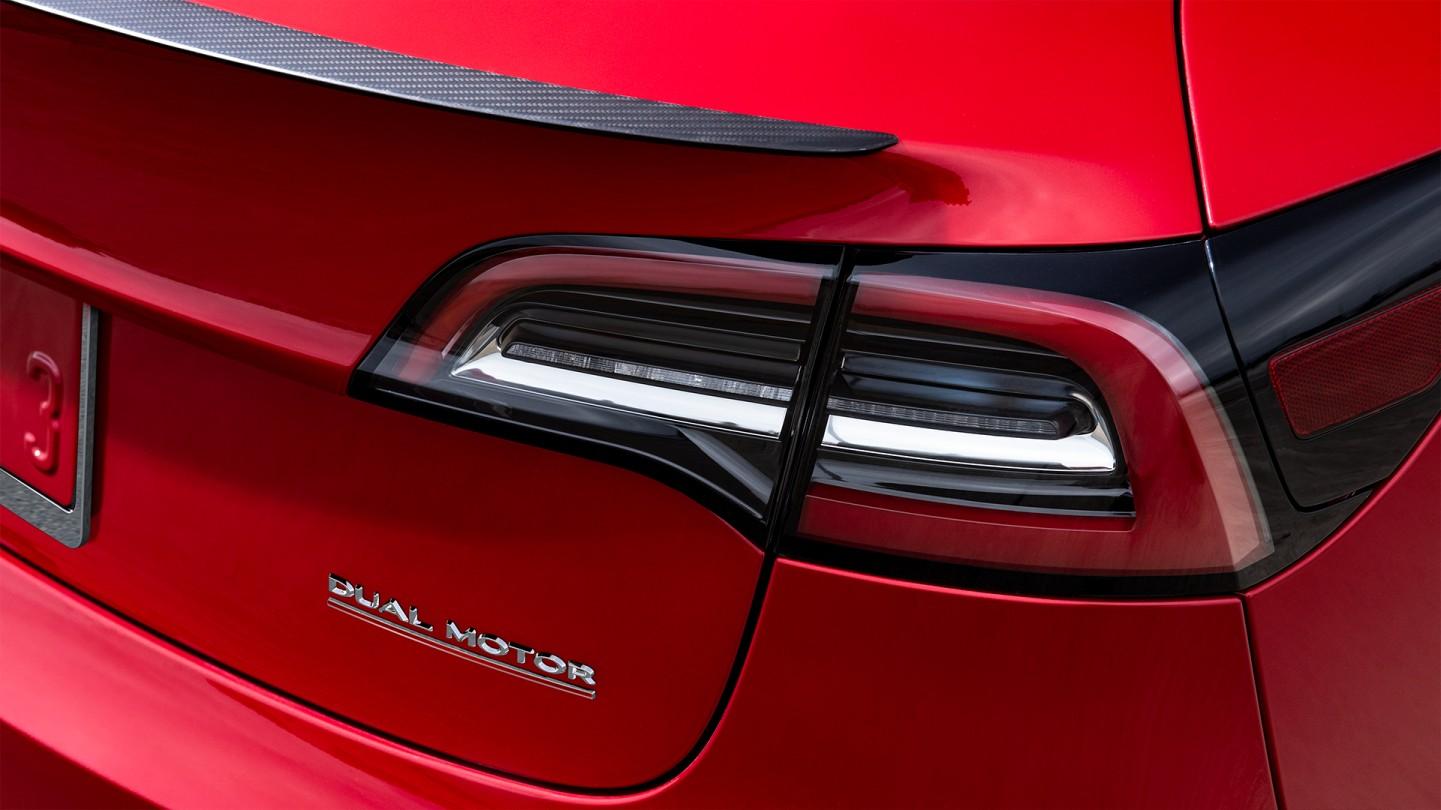 Tesla Model 3 Performance Carbon Fiber Spoiler Teslarati