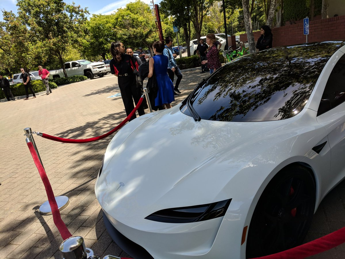 tesla-roadster-2-shareholders-meeting-2