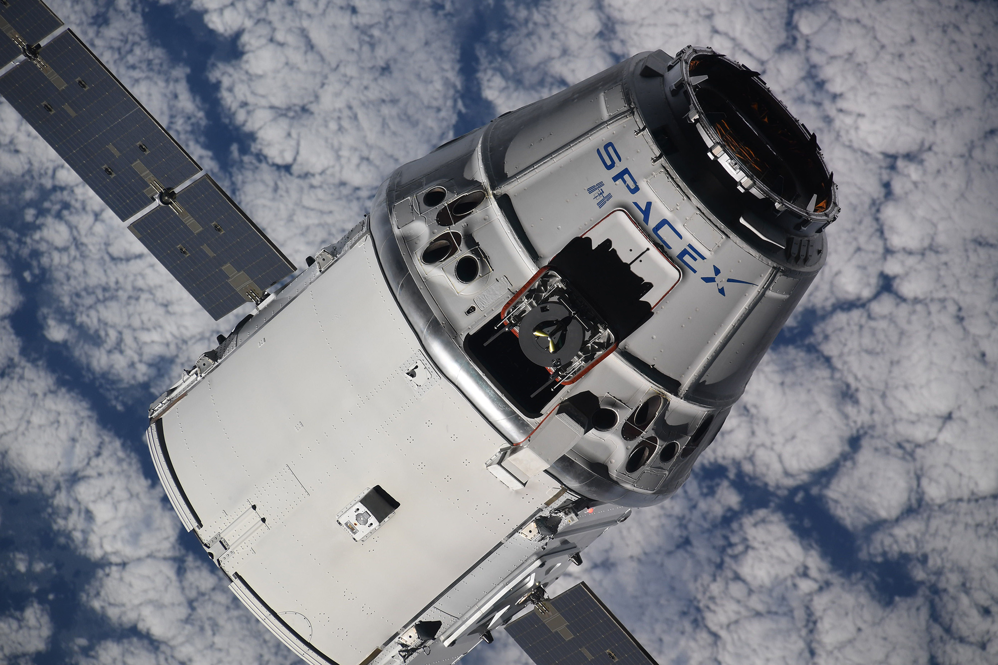 SpaceXs Crew Dragon Preps For Debut As Race To Return