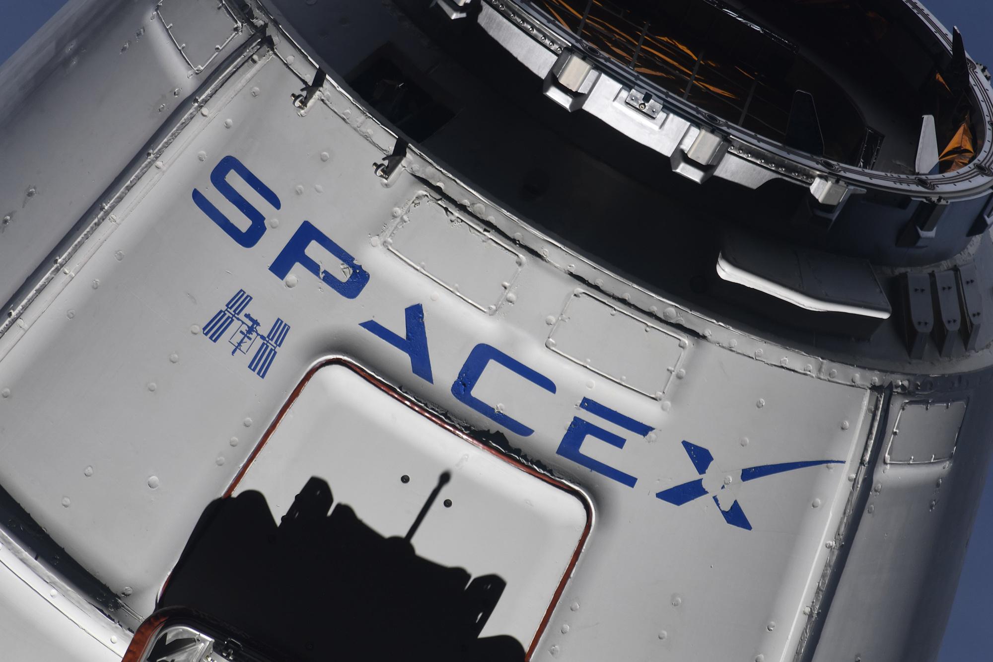 CRS-15 ISS arrival 070218 (Oleg Artemiev) 7