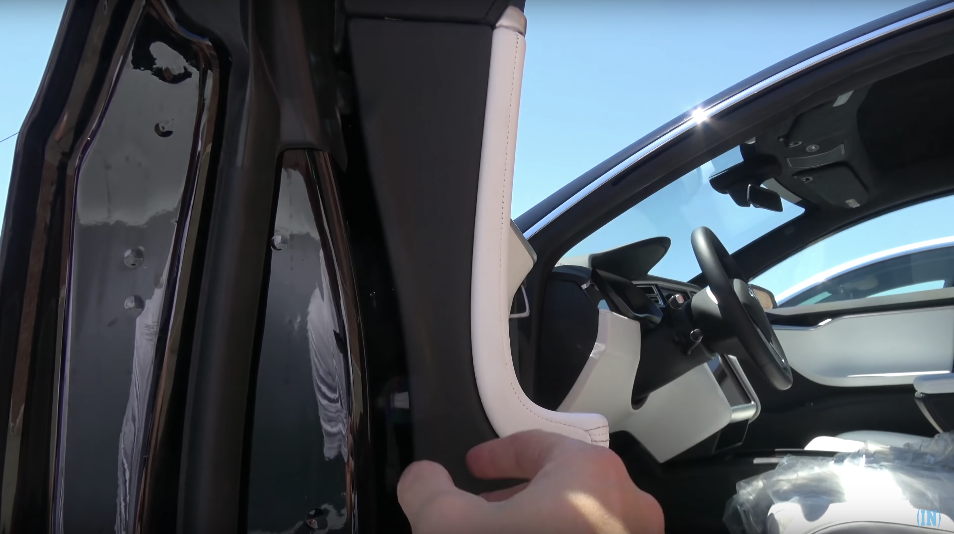 Tesla Solar Panel Roof >> Inside a Tesla Model S P100D with bulletproof windows and ...