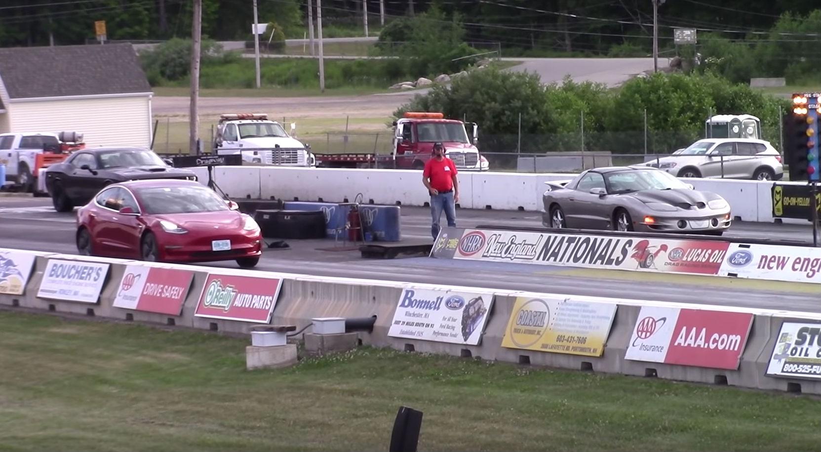 Tesla Model 3 Drag Races Pontiac Firebird Trans Am In Tense 1 4 Mile 1998 Specs Battle