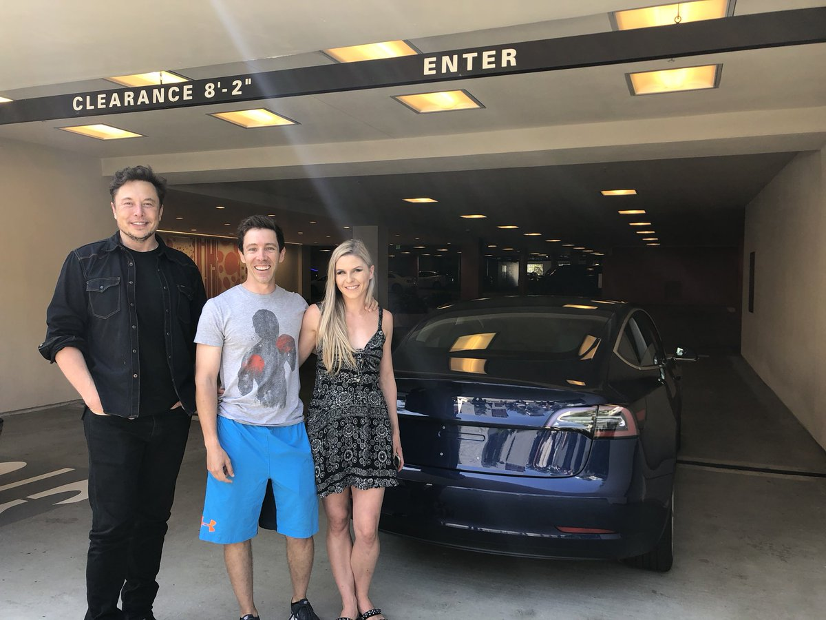 tesla-new-delivery-system-1