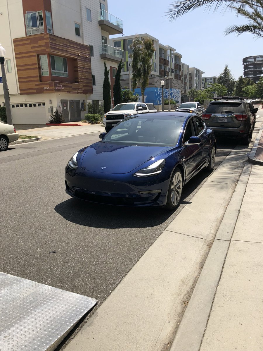 tesla-new-delivery-system-4