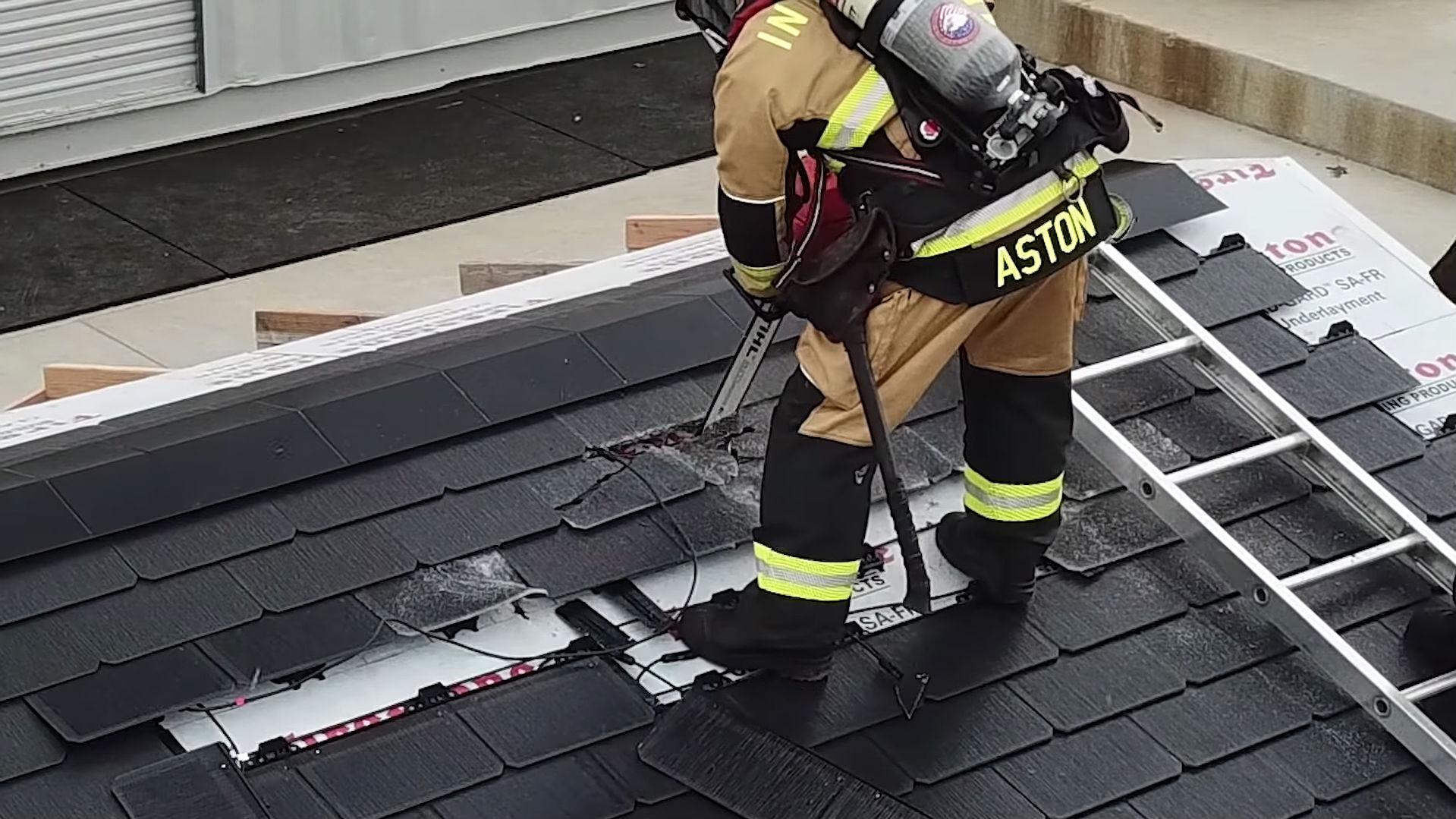 tesla-solar-roof-emergency-response-1