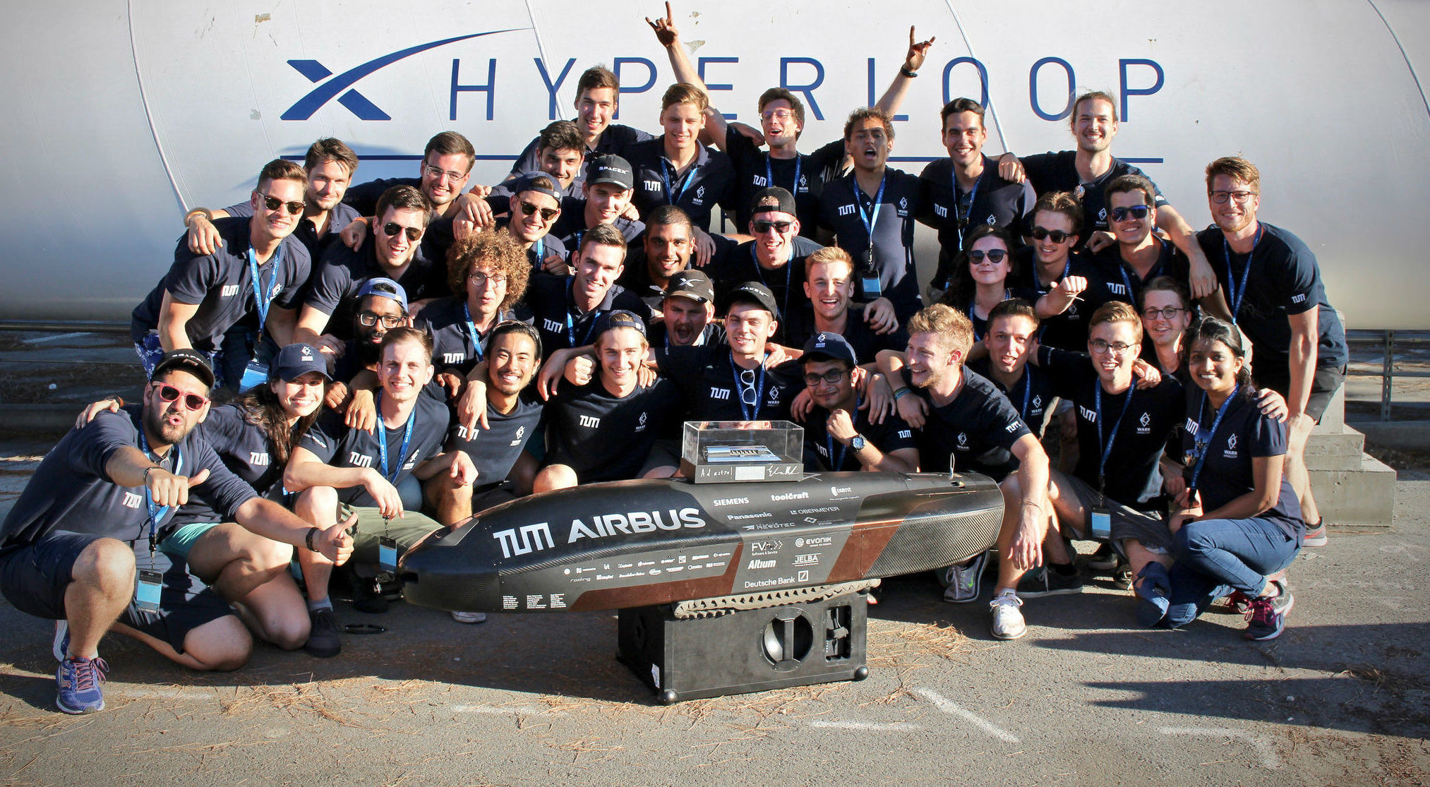 Elon Musk crowns WARR Hyperloop with 3rd consecutive win ...