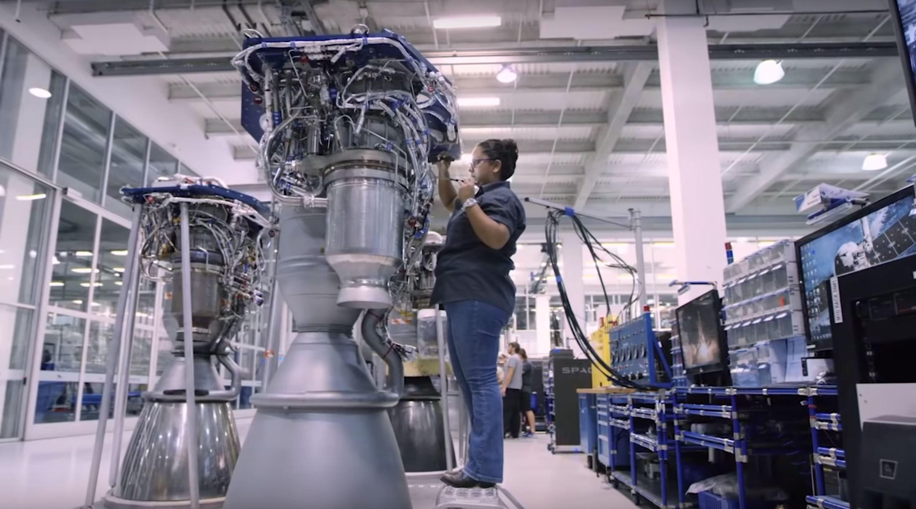 Block 5 Merlin 1D work (SpaceX) 1