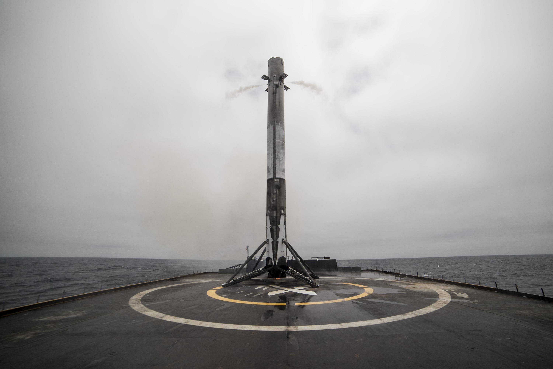 Iridium-2 landing June 2017 (SpaceX)