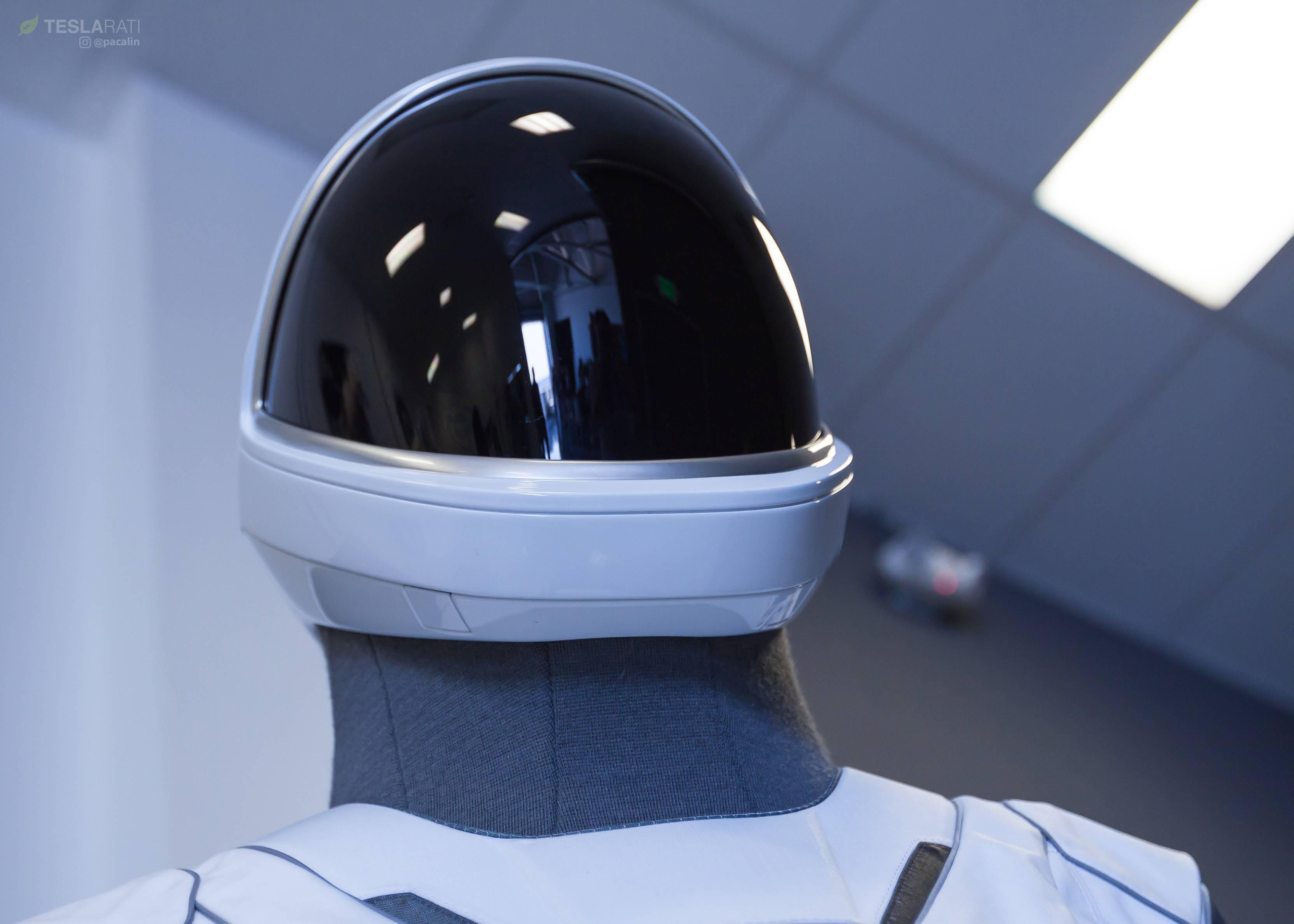 SpaceX spacesuit detail 081318 (Pauline Acalin) 8(c)