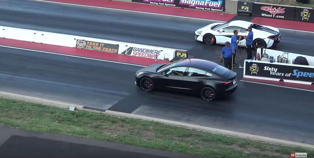 Tesla Model 3 Performance drag races McLaren 570S in