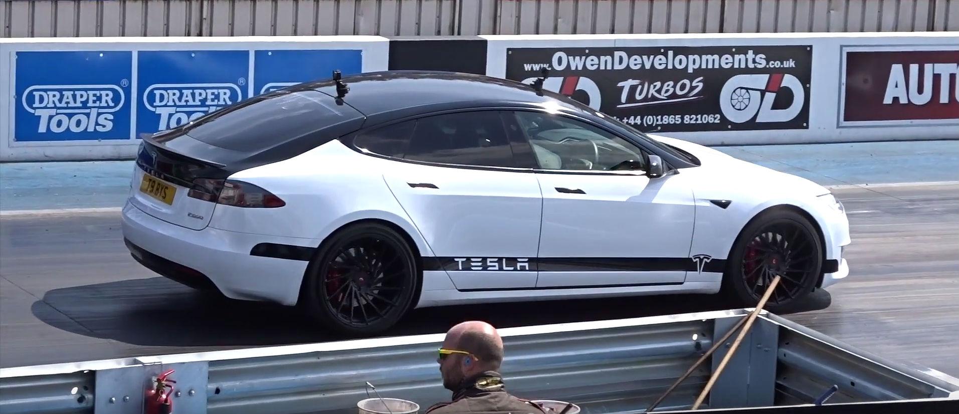 tesla-model-s-p100d-drag-race