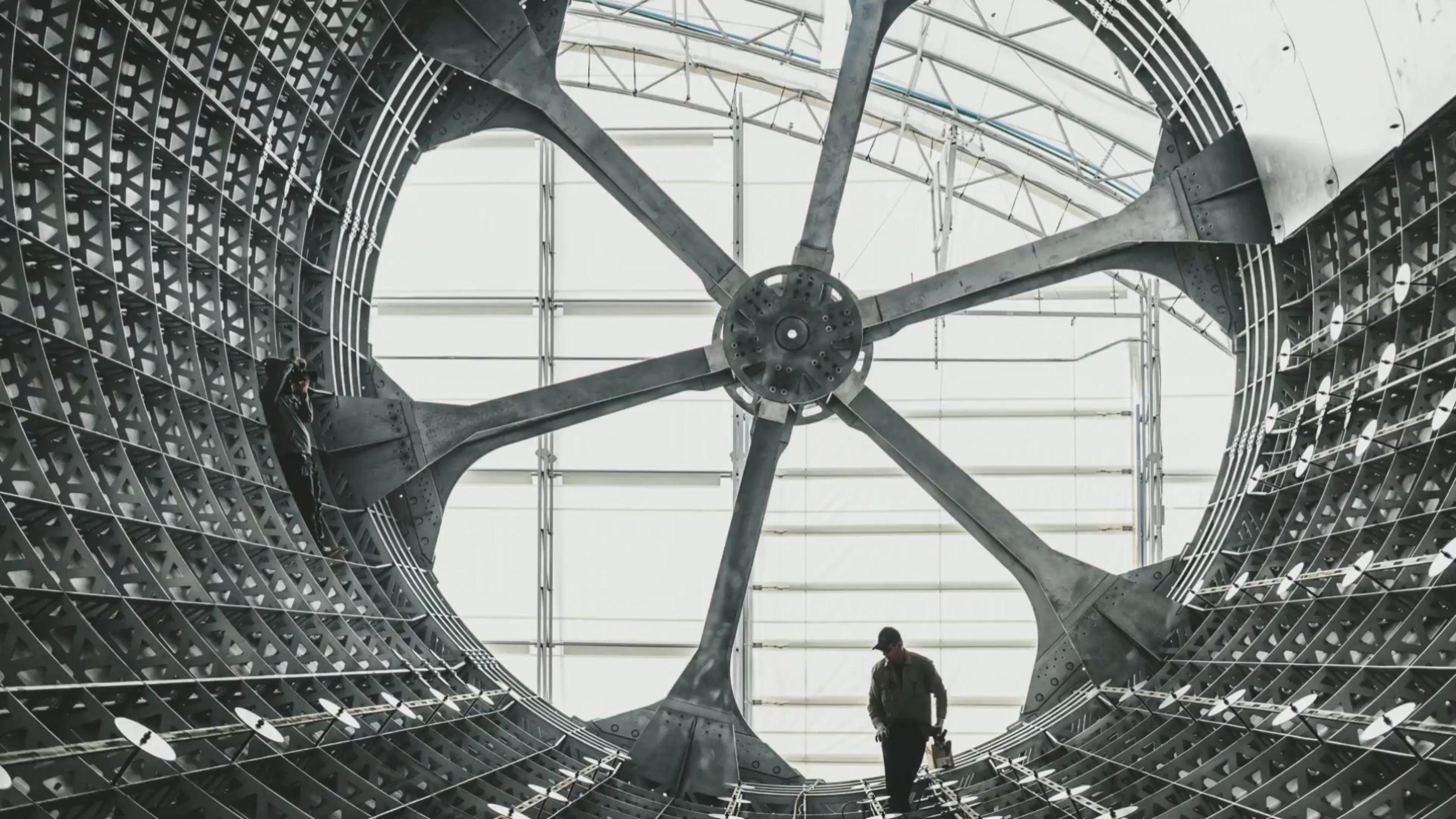 BFR mandrel composite production (SpaceX) 1