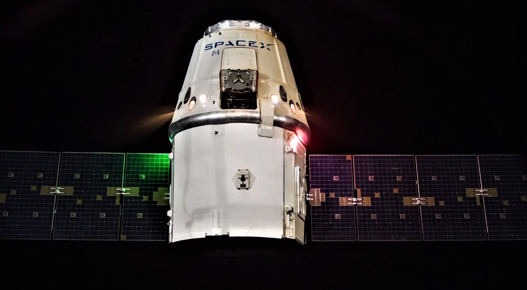 CRS-15 Cargo Dragon Draco burns (ESA) 1