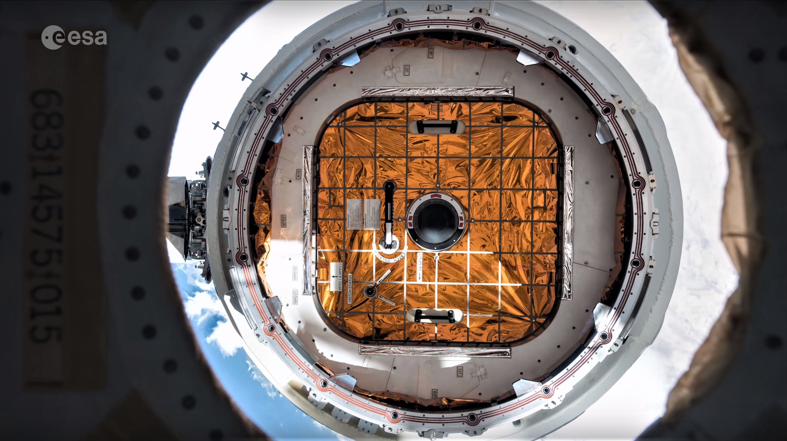 CRS-15 departure 4K (ESA) 1