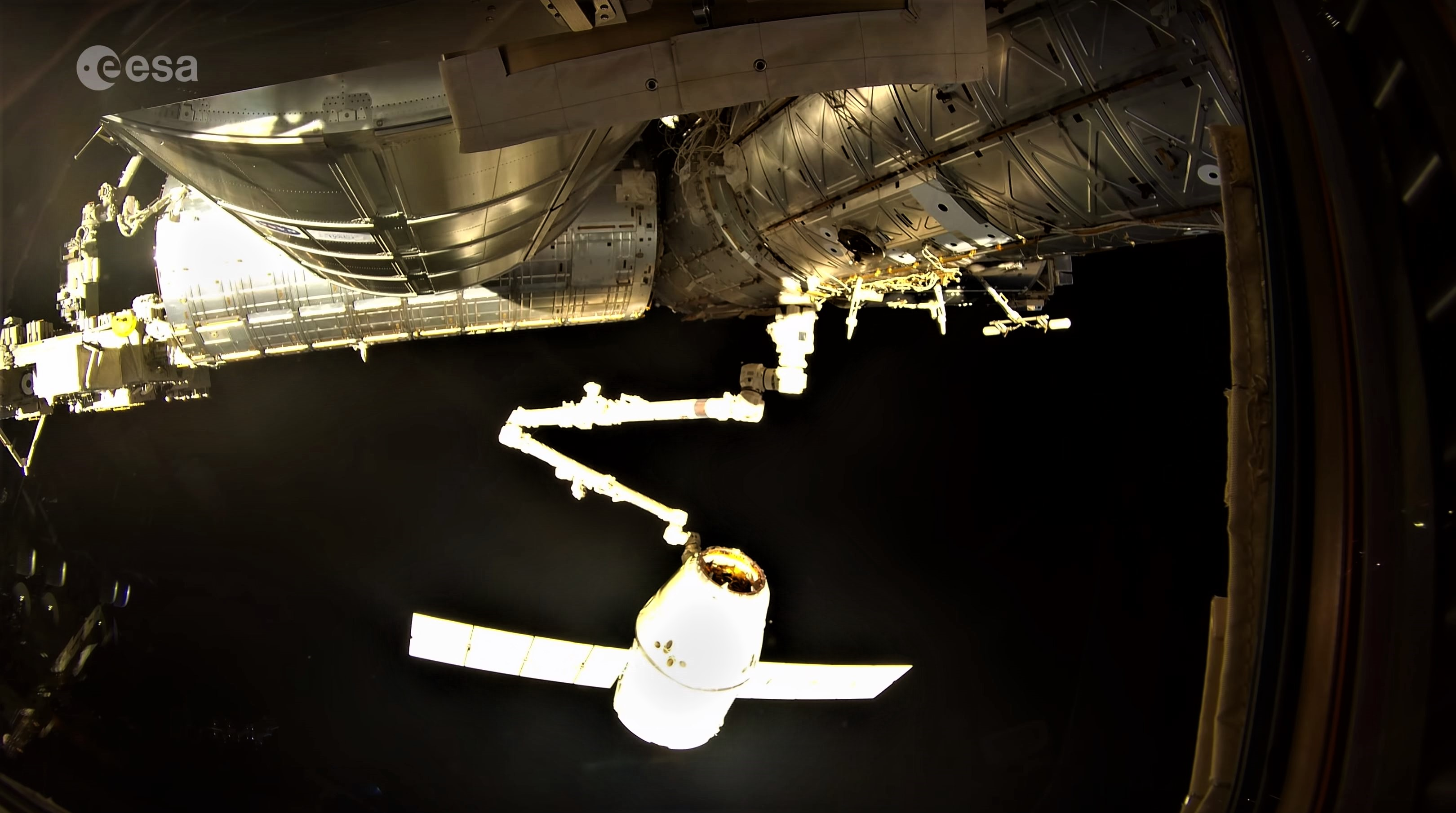 CRS-15 departure 4K (ESA) 4