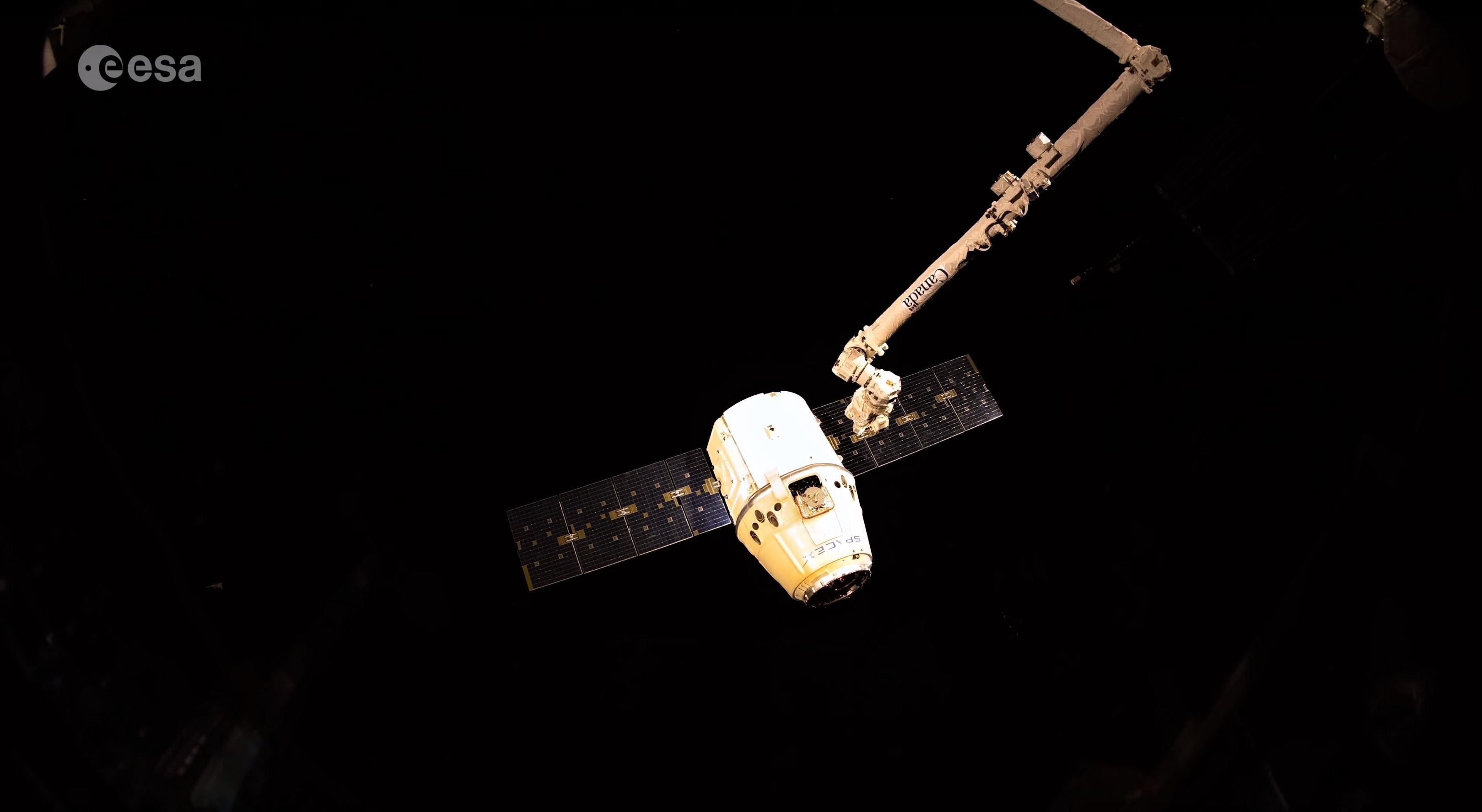 CRS-15 departure 4K (ESA) 9