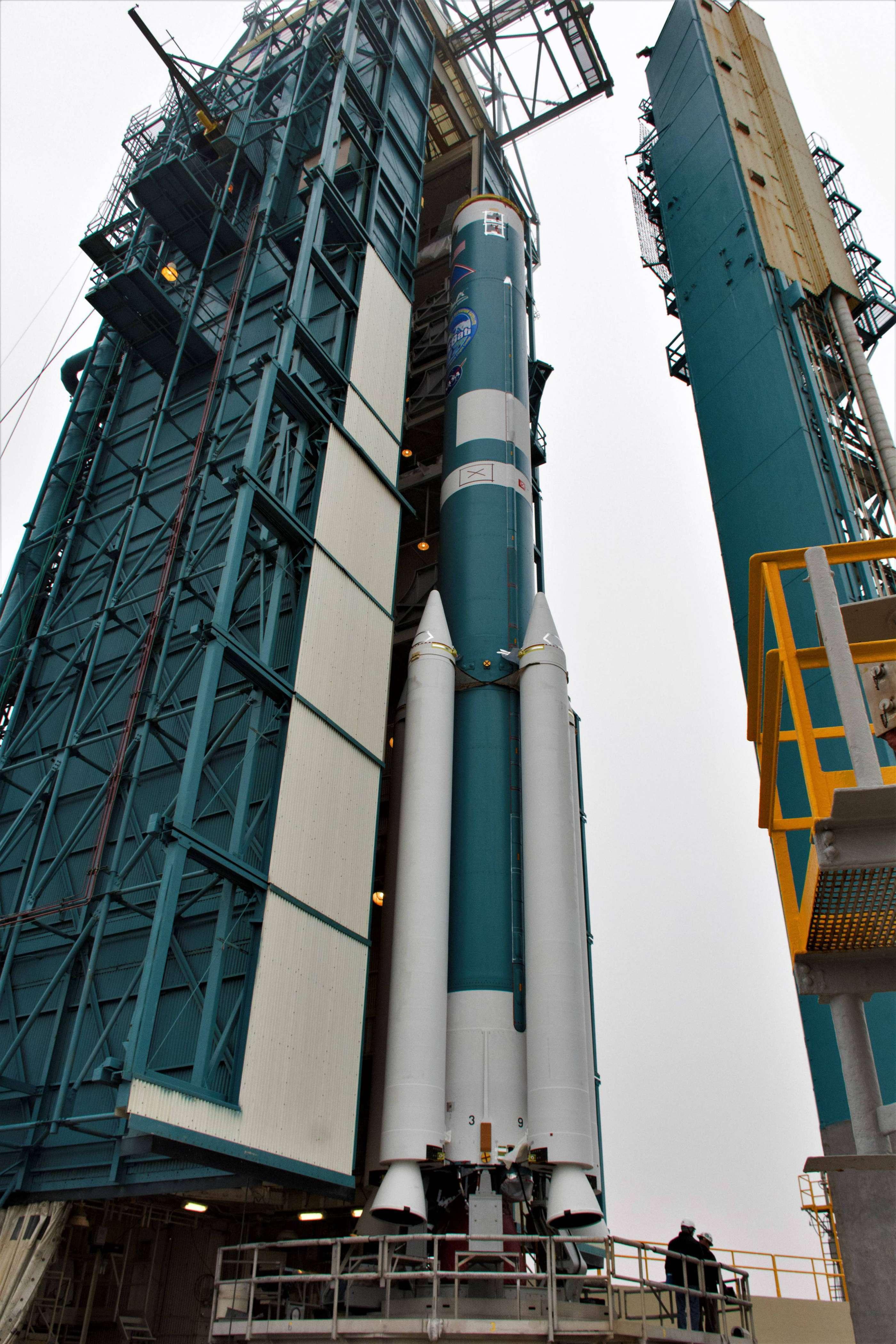 Delta II ICESat-2 prep (NASA) 5