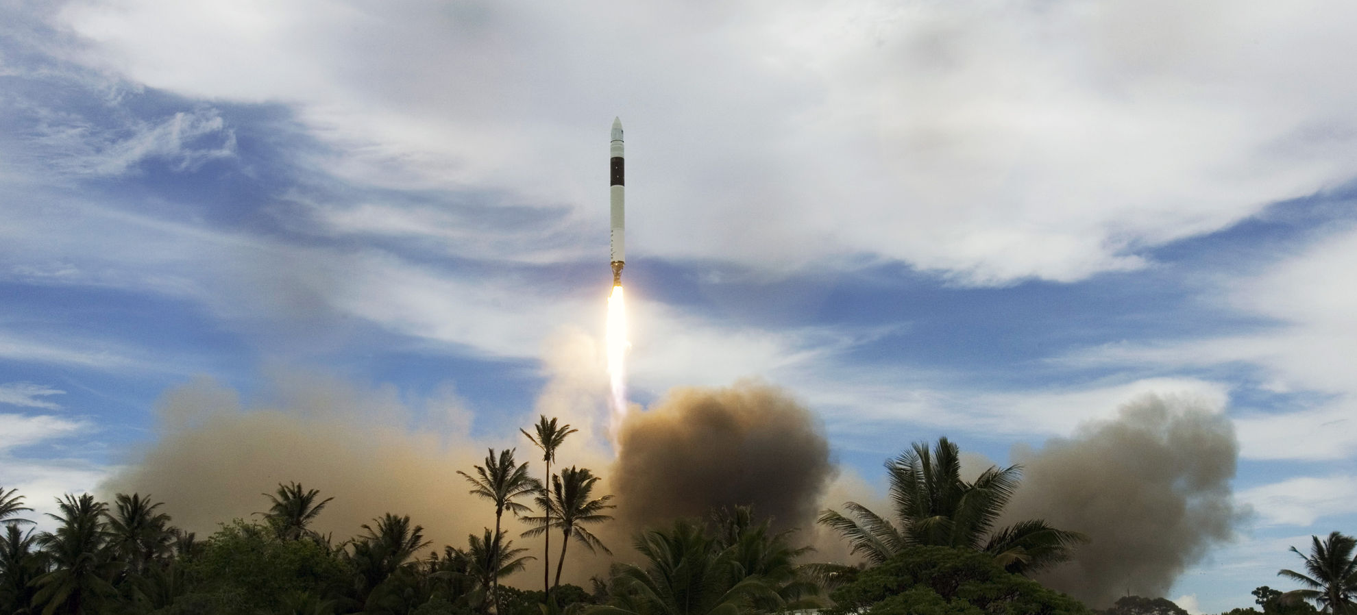 Falcon 1 Flight 5 launch (SpaceX) 1