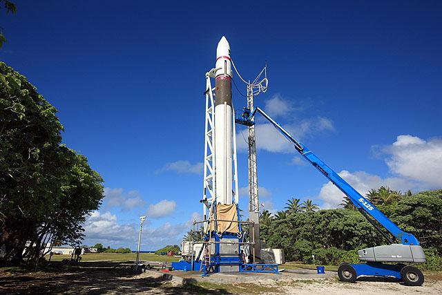 Falcon 1 Flight 4 prep (SpaceX) 4