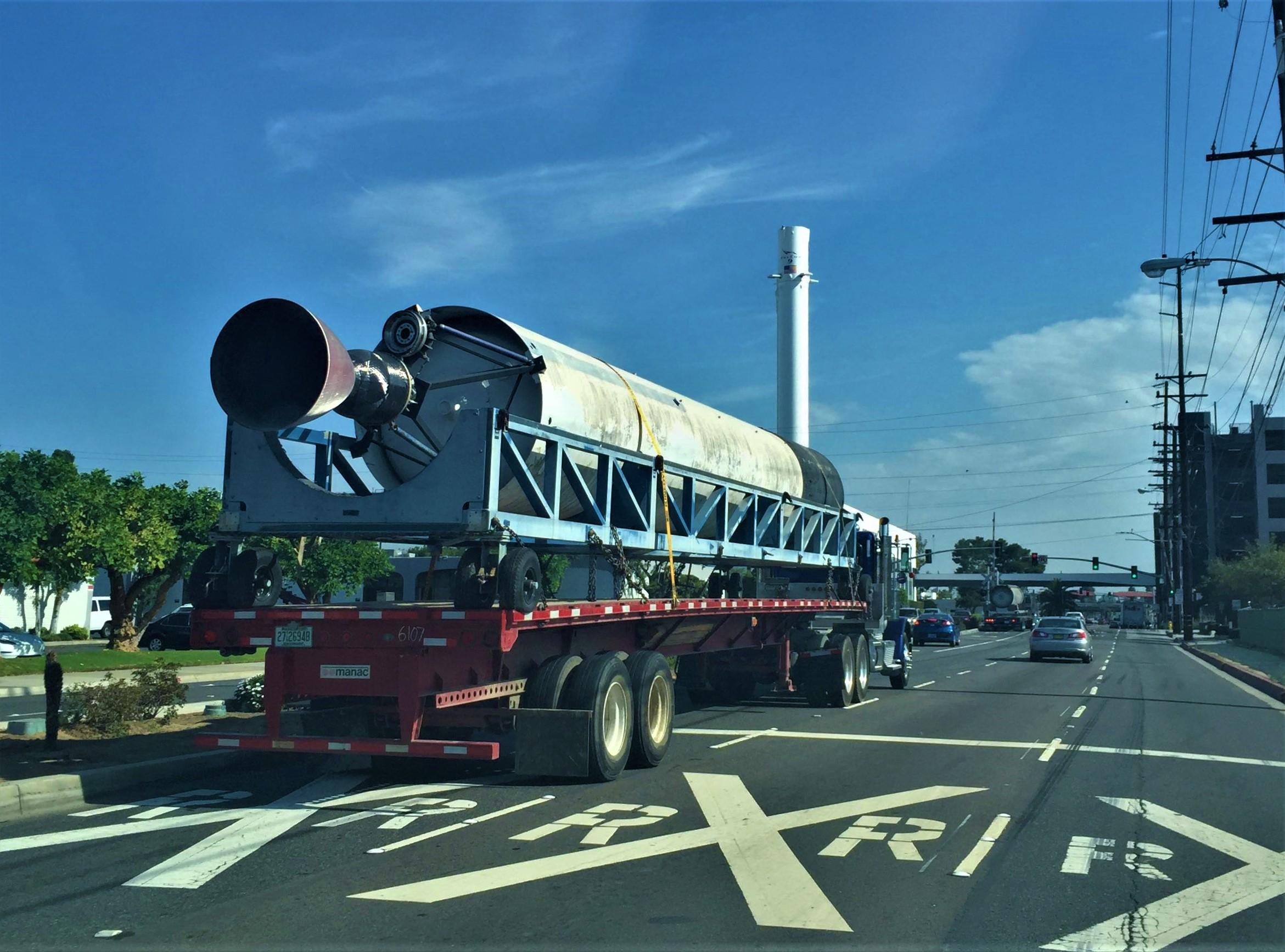 Falcon 1 transport Hawthorne 071118 (MarsOrBust101)