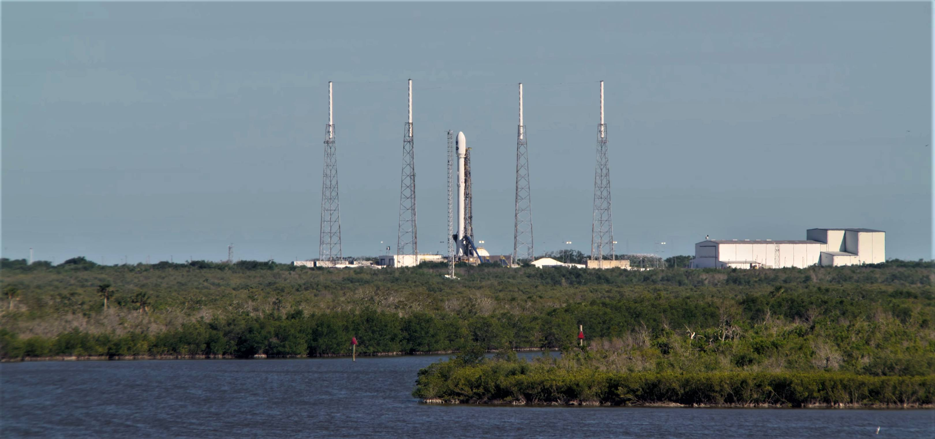 Falcon 9 B1045 TESS LC40 overview (NASA)(c)