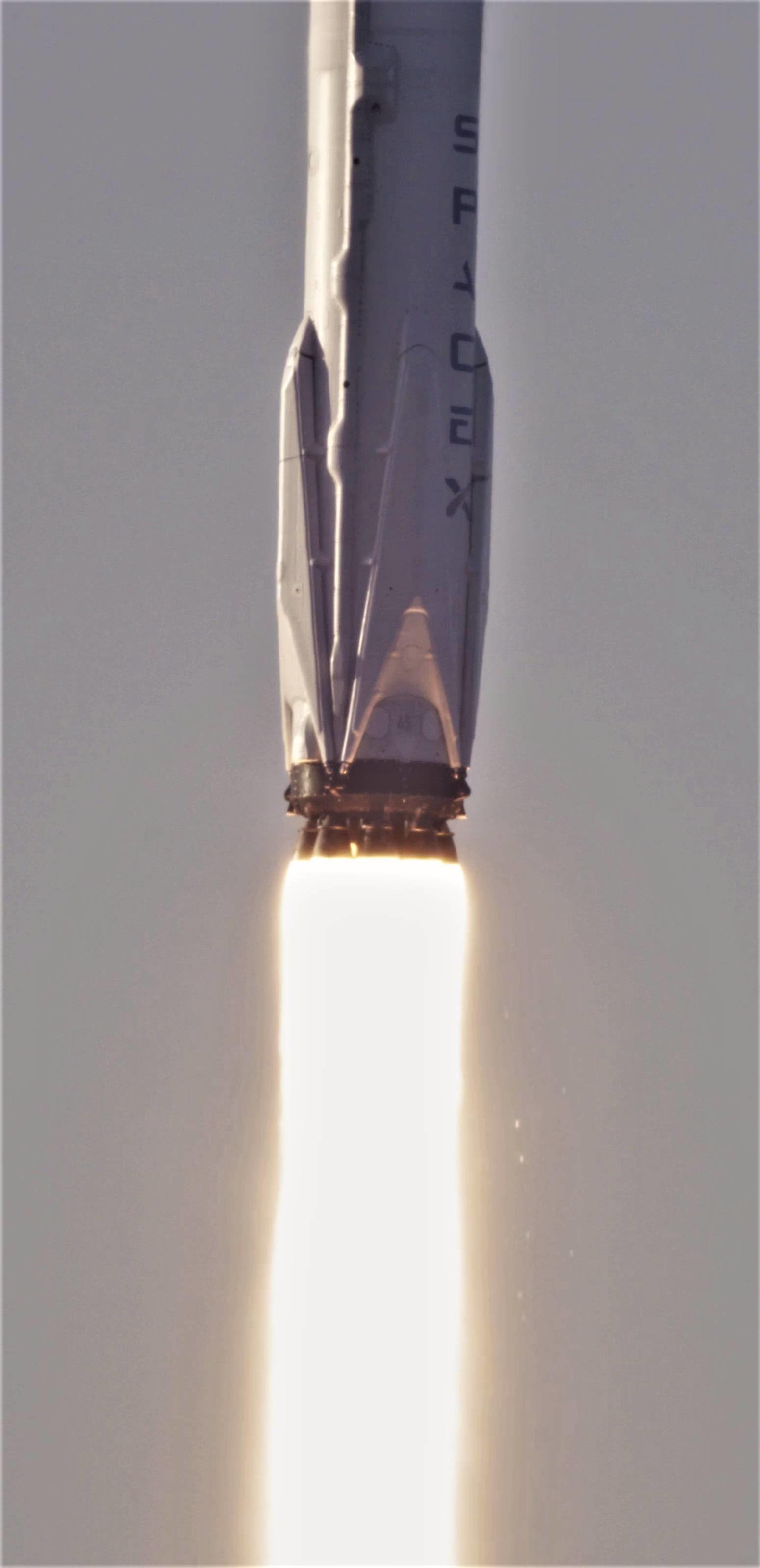 Falcon 9 B1045 TESS launch (NASA) 2(c)