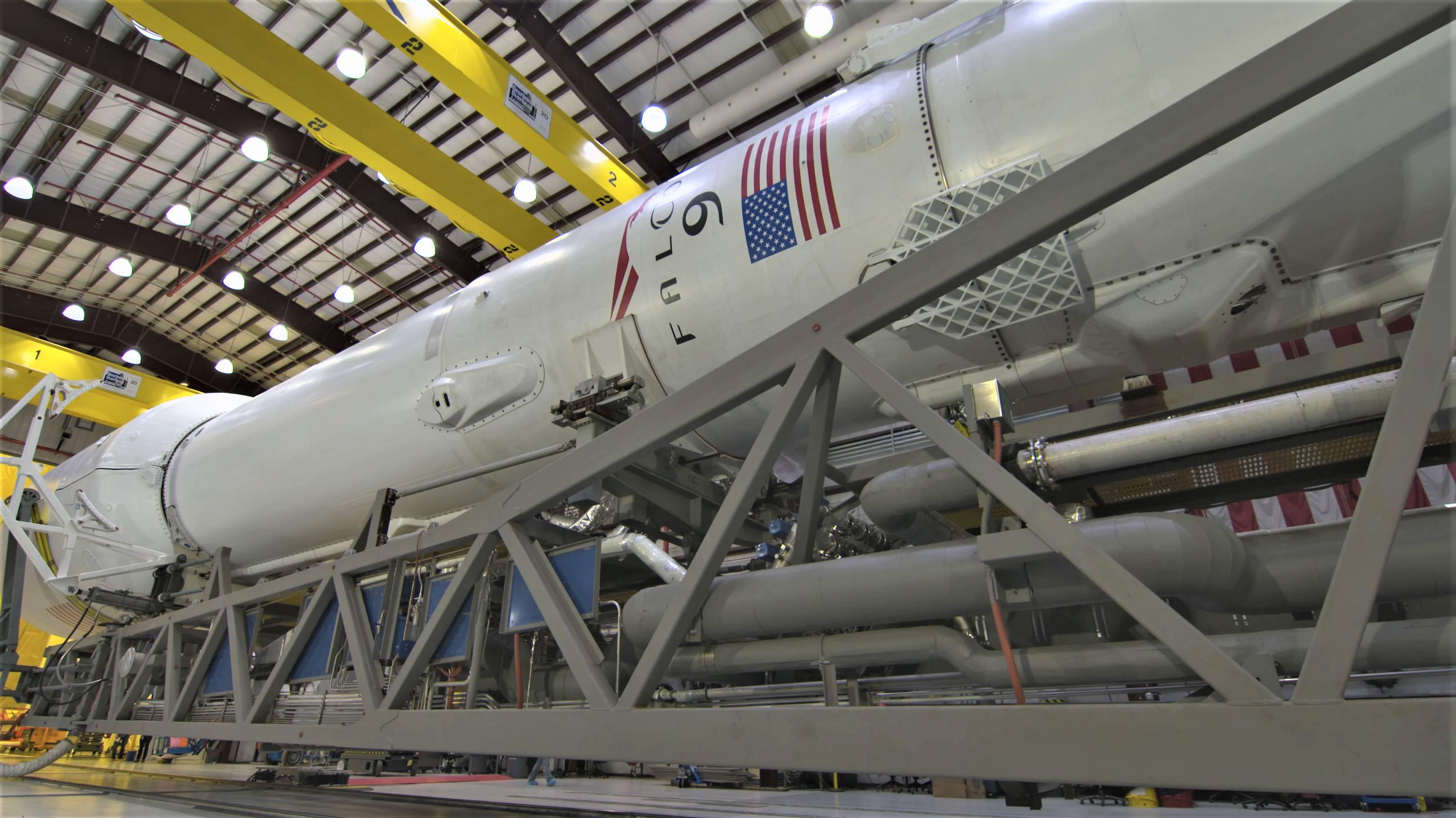 Falcon 9 B1045 TESS rollout (NASA) 1(c)