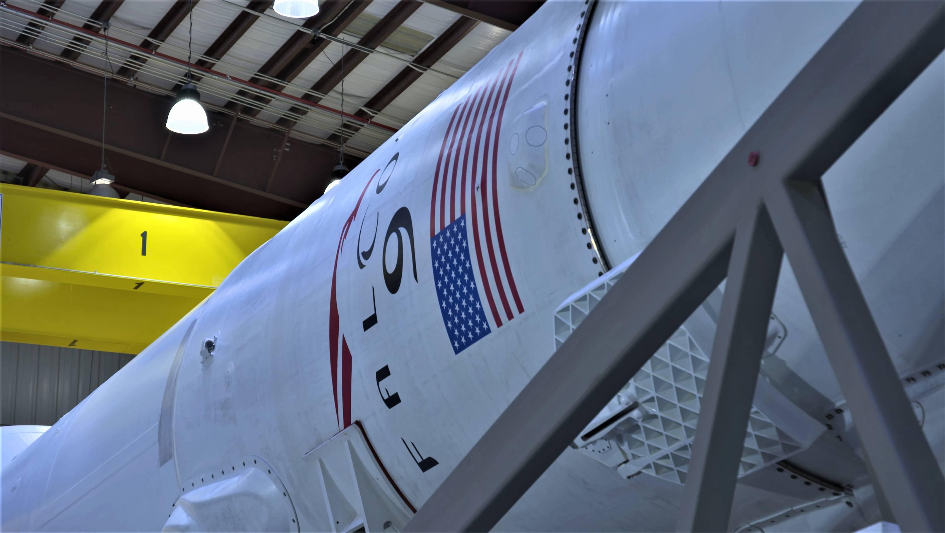 Falcon 9 B1045 TESS rollout (NASA) 3(c)