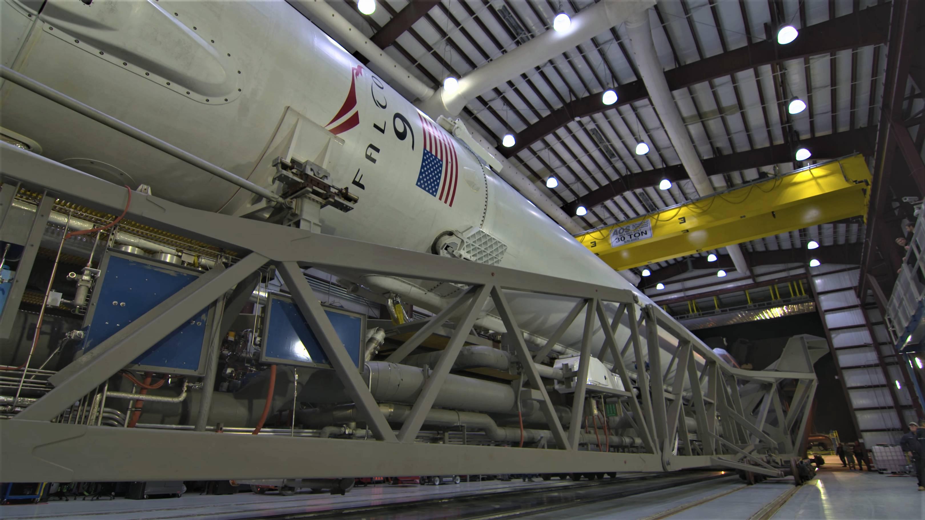 Falcon 9 B1045 TESS rollout (NASA) 5(c)