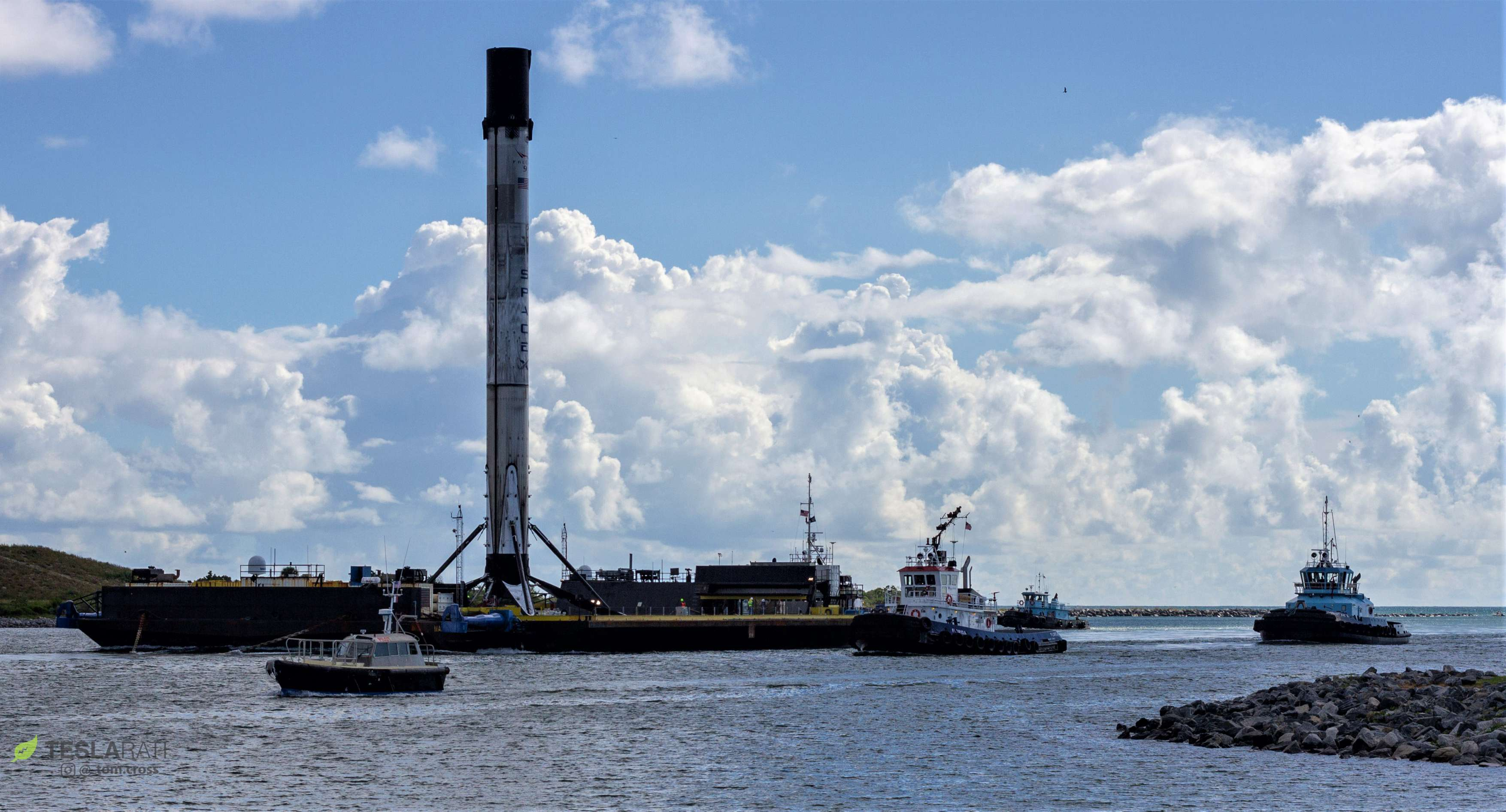 SpaceX's Falcon 9 rocket to launch powerful telecom satellite