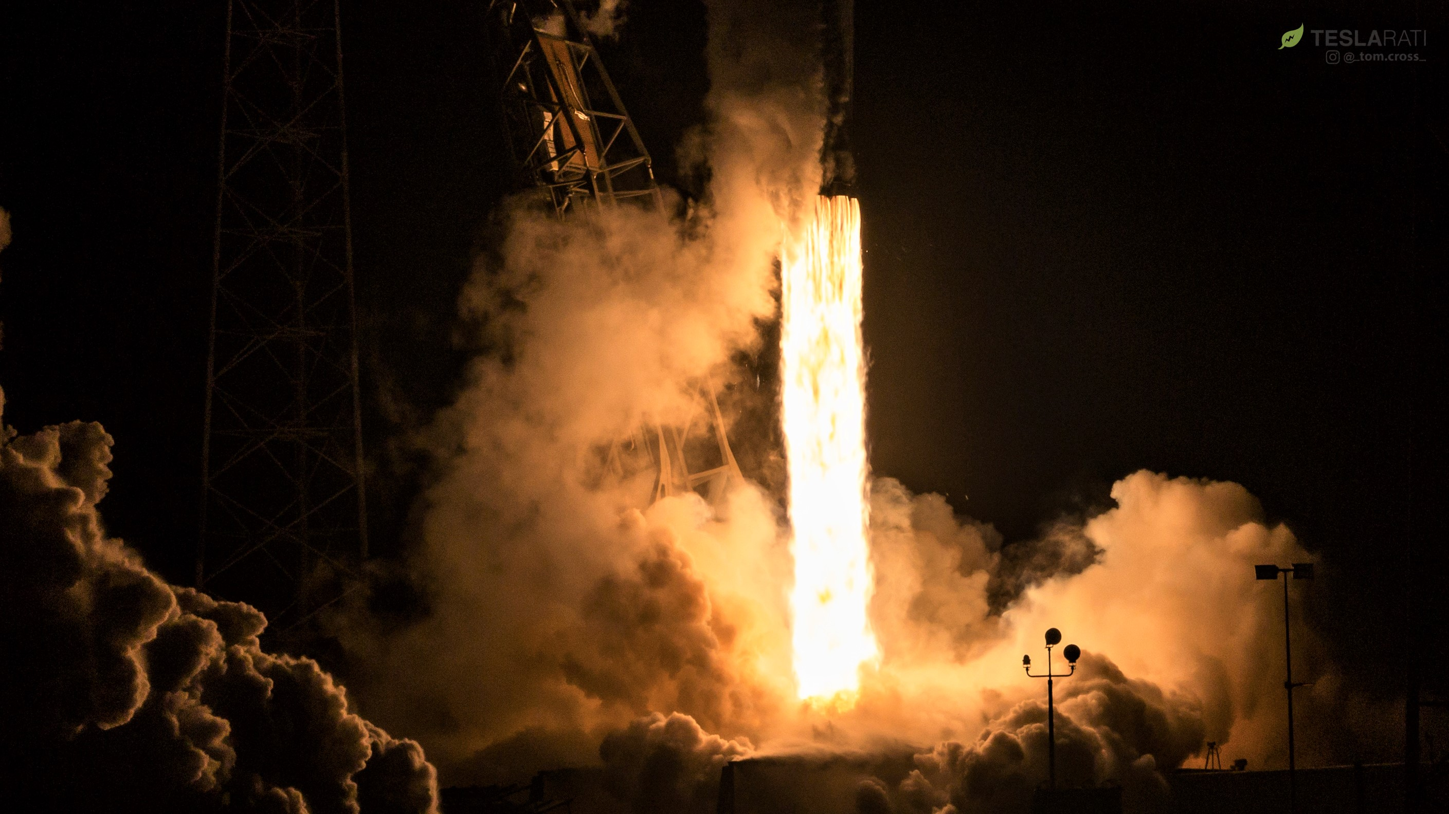 Falcon 9 B1049 Telstar 18V launch (Tom Cross) 4