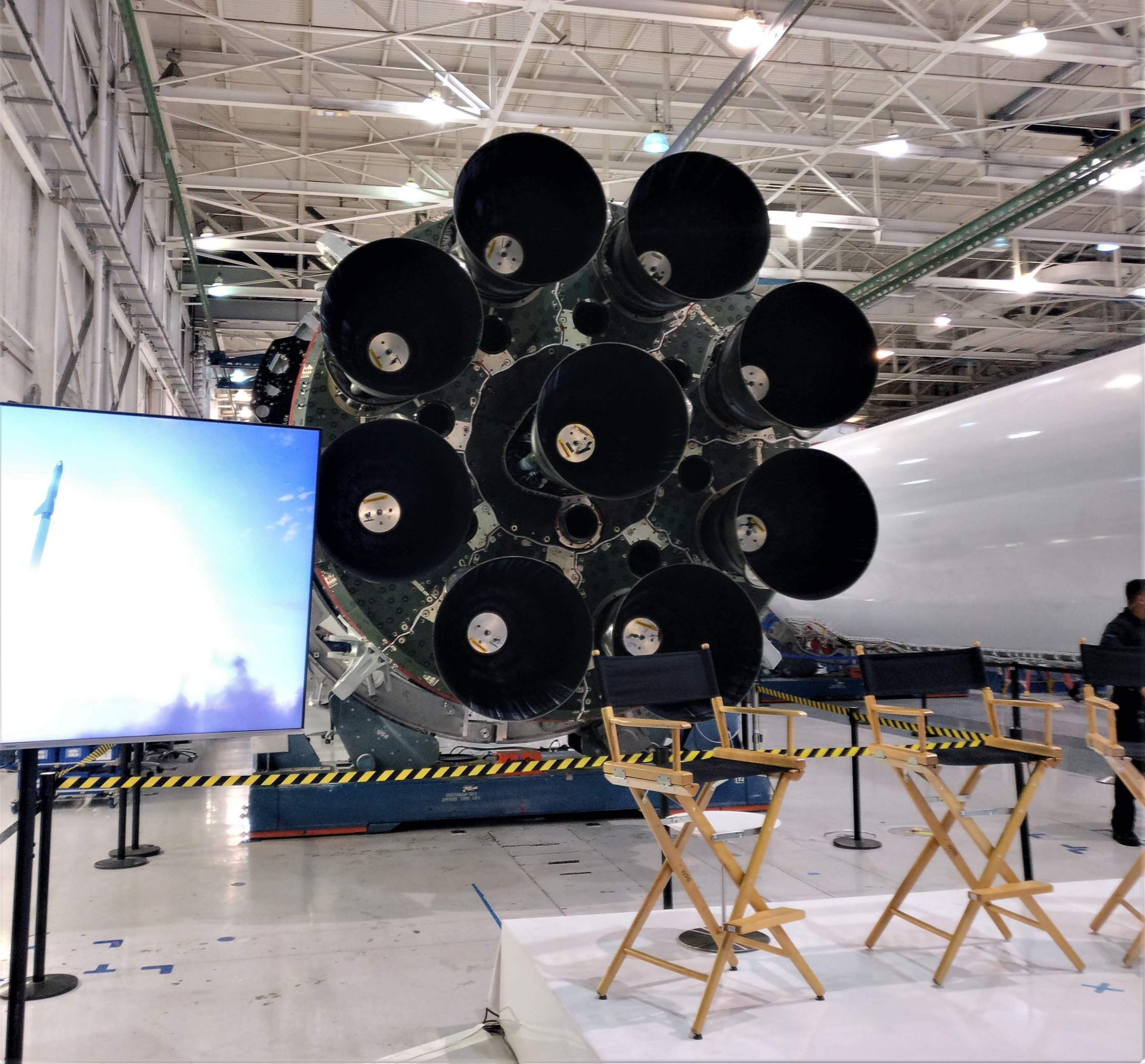 Falcon 9 octaweb and BFR event (Eric Ralph) 1(c)