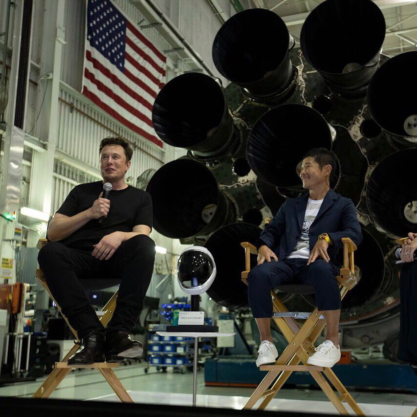 SpaceX's first private Starship customer resigns to fund, train for private Moon mission