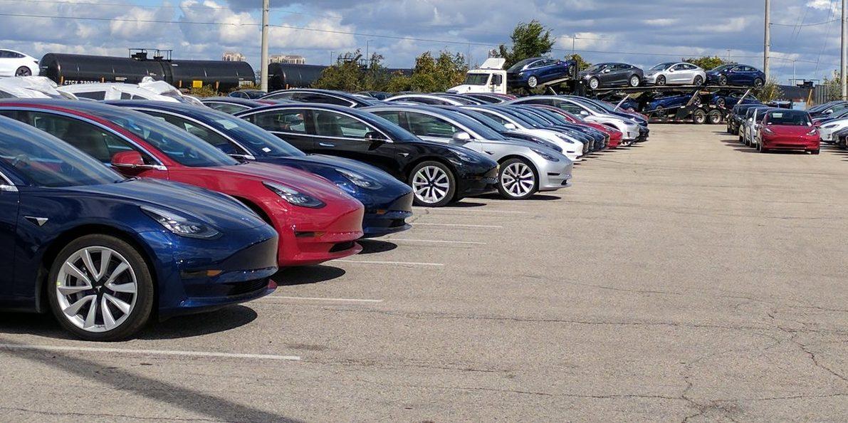 Elon Musk hints at Tesla's profitable Q4, Mid Range Model 3's int'l release