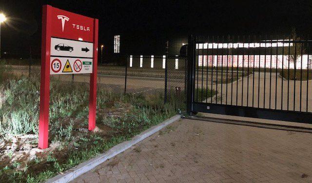 tesla center nl 2 1 e1537682648834.
