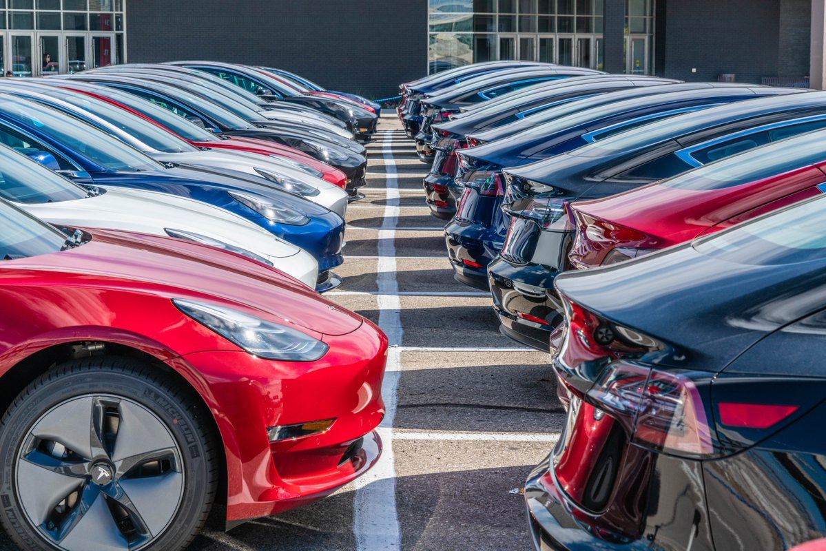 Tesla And The Rise Of Model 3 Get Acknowledged By Us Auto Dealership Exec