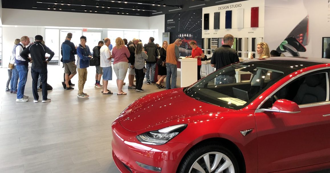 Investor's Corner					Tesla community comes together for final end-of-quarter Model 3 delivery push