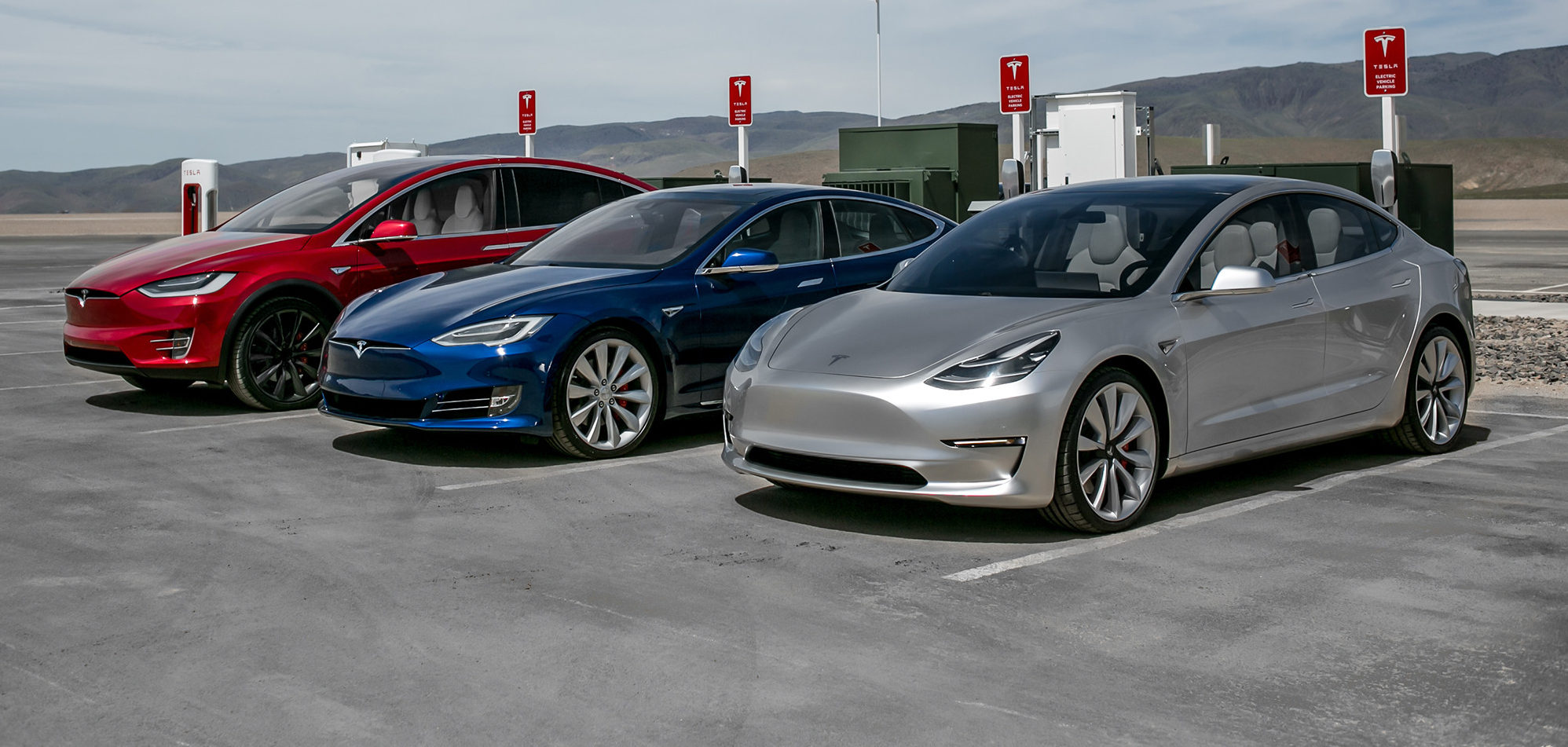 Tesla S Electric Cars Are Well Loved By Owners But Service Network Needs Work Survey