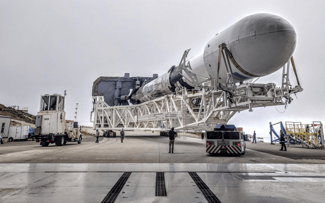B1048.2 SLC-4E rollout (SpaceX) crop