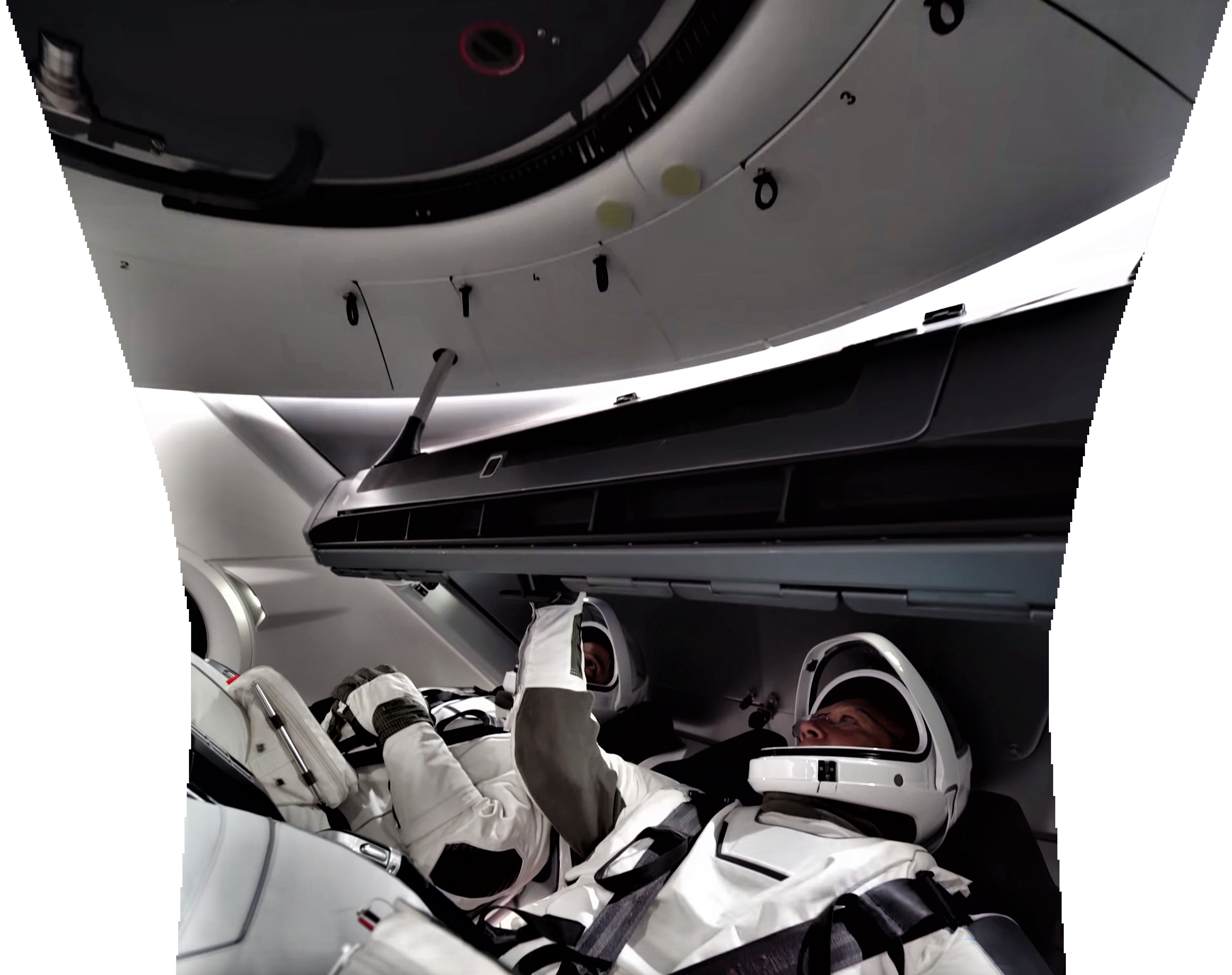 астронавты внутри крю Дрэгона
