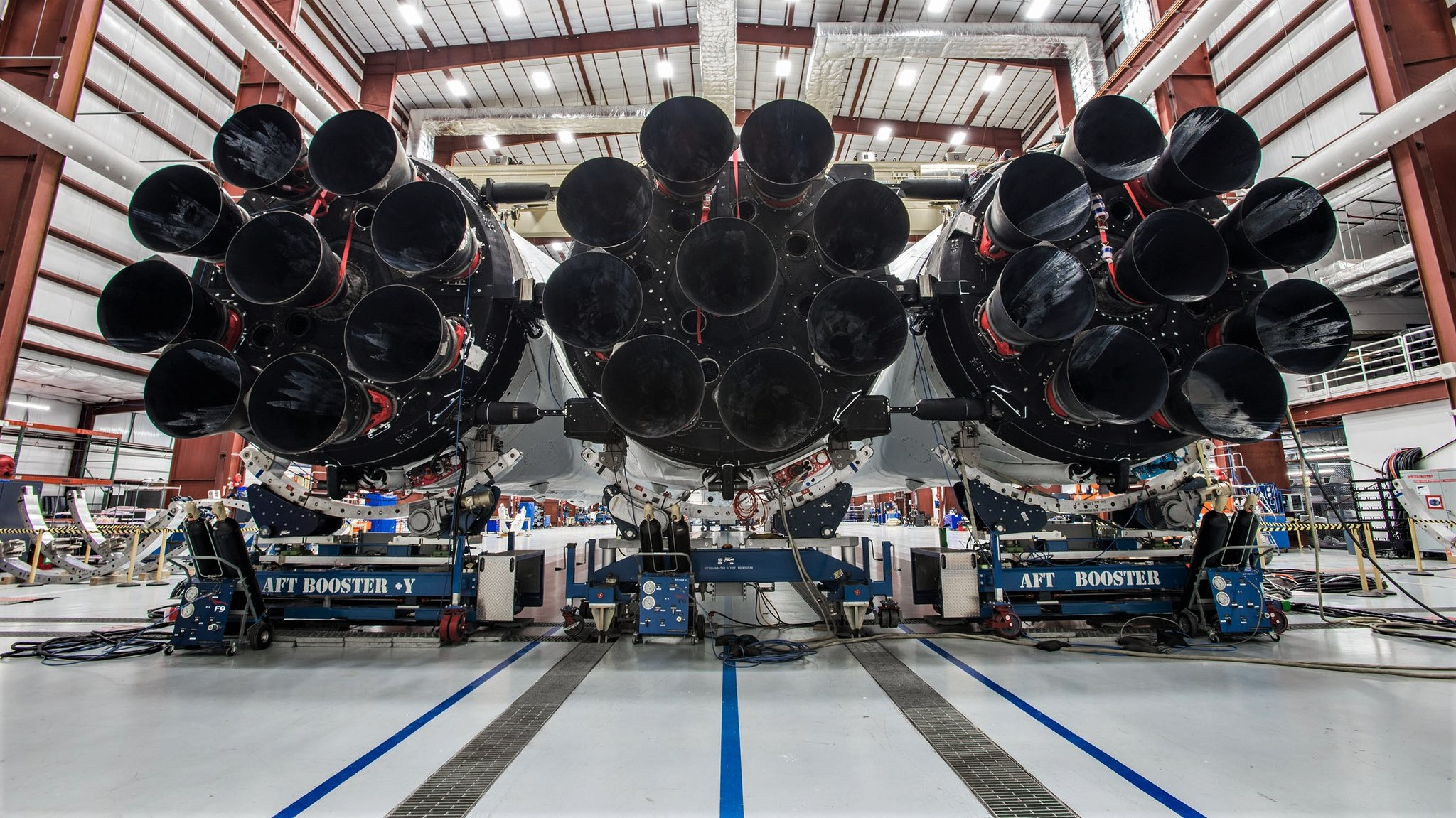 Falcon Heavy at LC39A 3 (SpaceX)