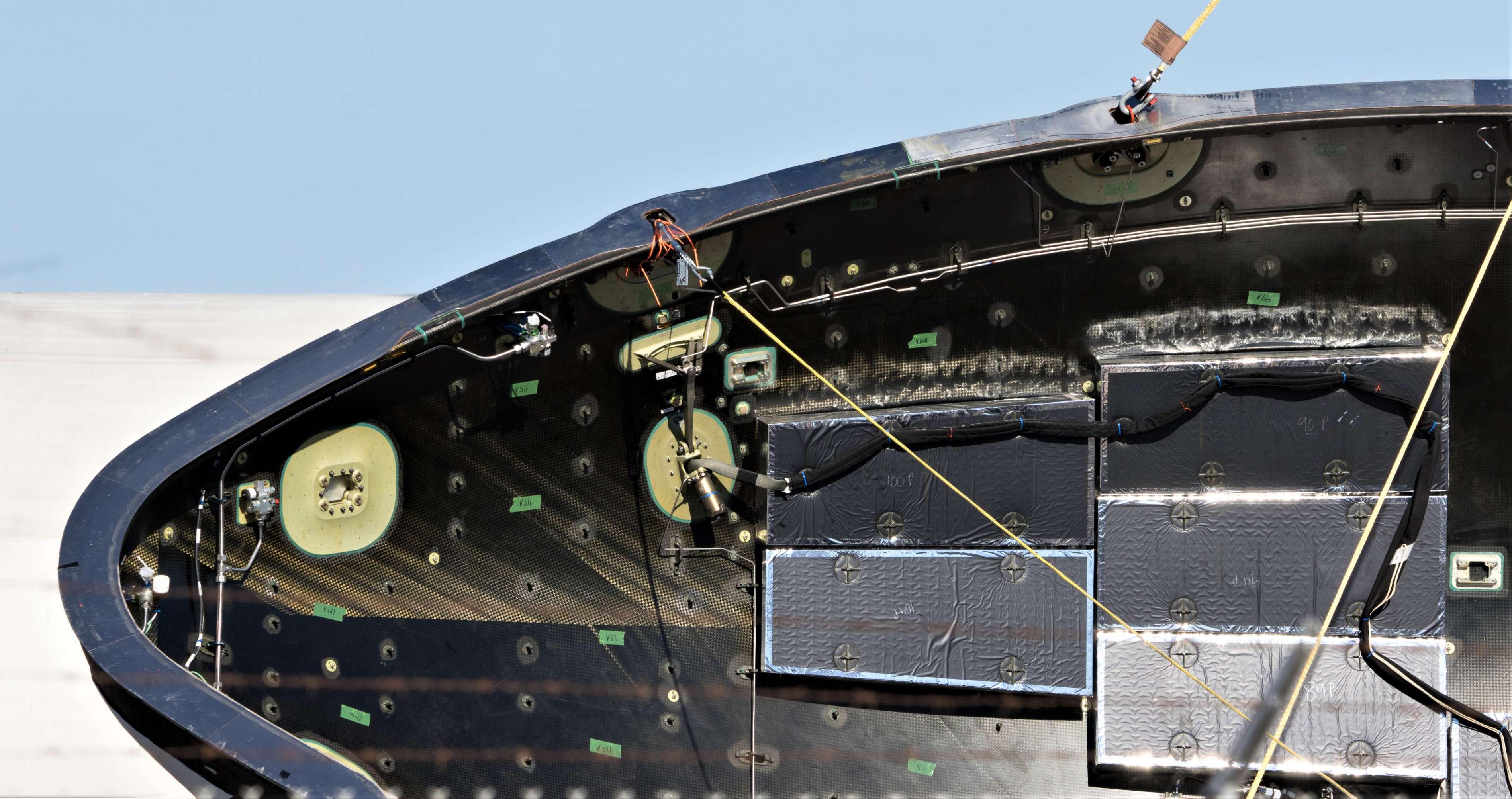 Falcon fairing drop test prep 100418 (Pauline Acalin) 25(c)